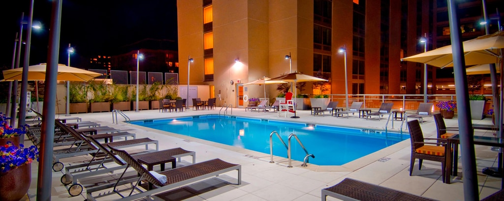 bethesda maryland hotel outdoor pool