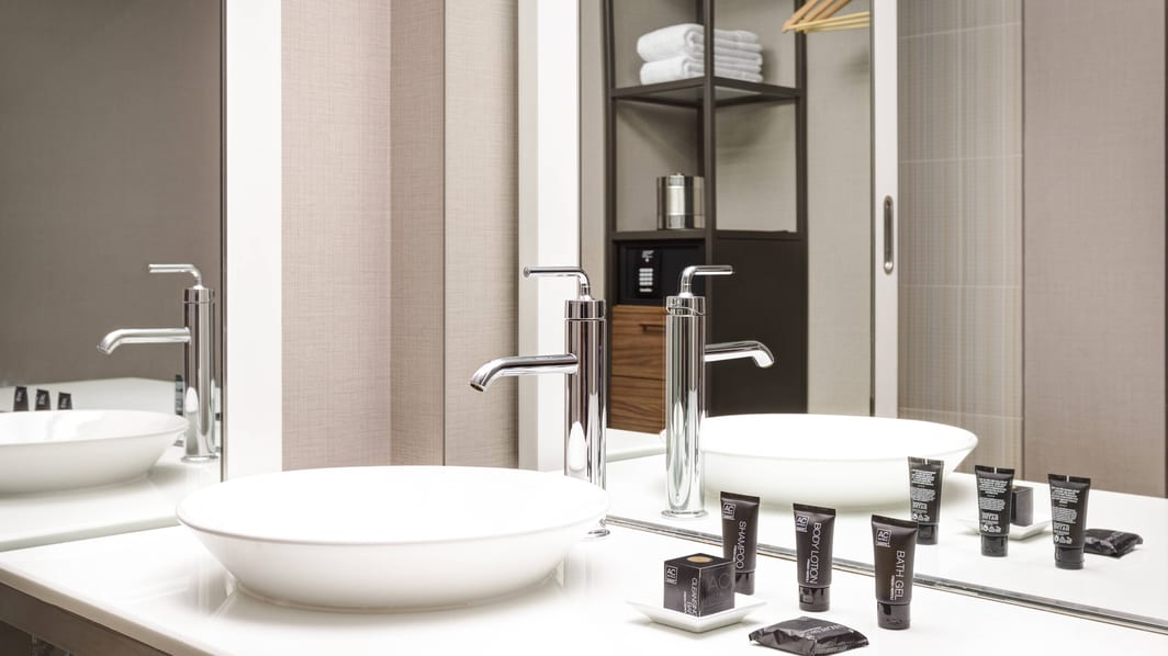 Modern Bathroom Amenities