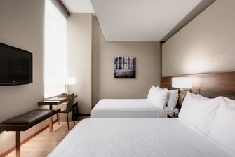 Chic Hotel Gust Rooms Near DC