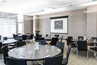 AC Hotel Meeting Room - Rounds