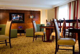 Gaithersburg, MD hotel concierge lounge