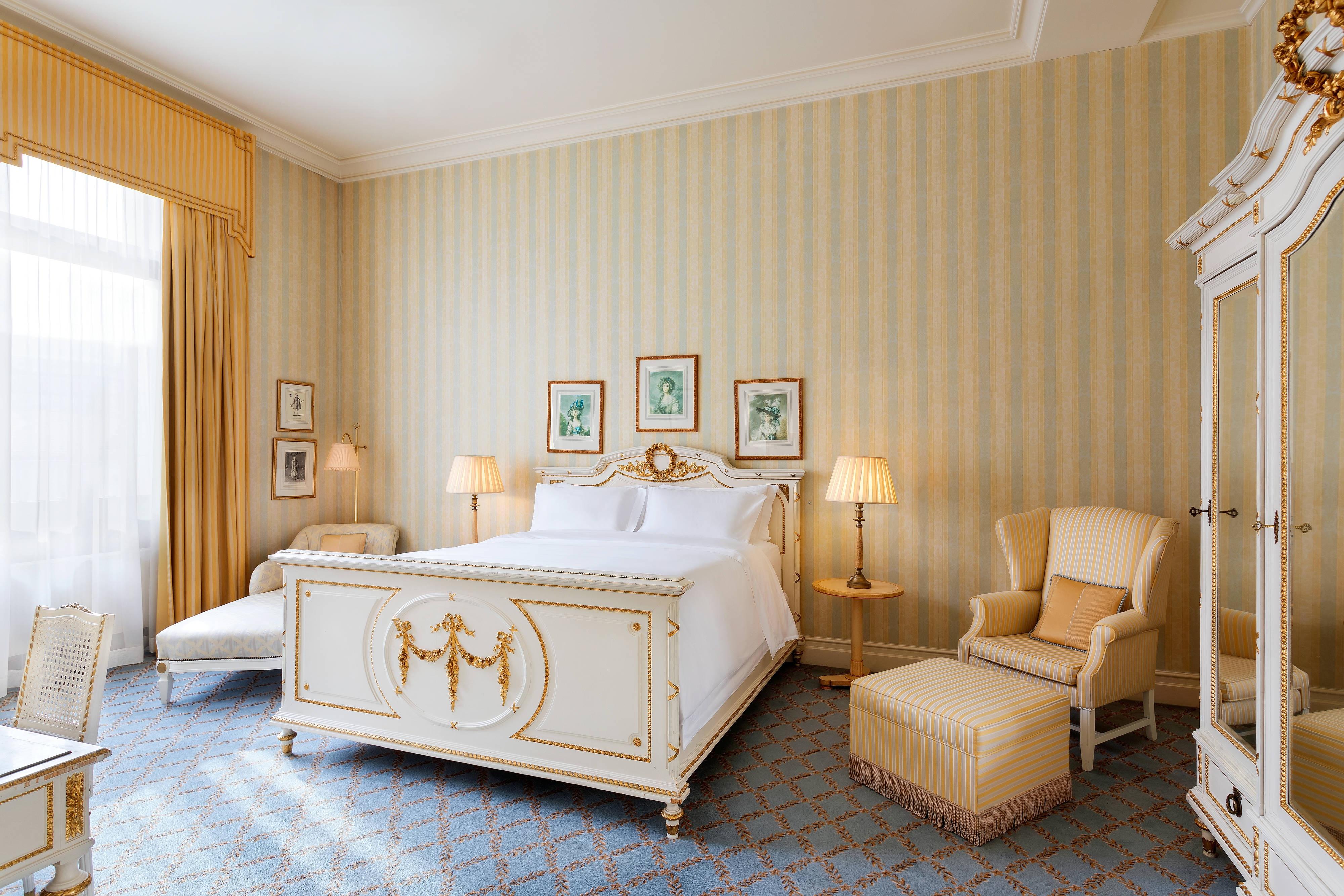 King Paderewski Suite - Bedroom