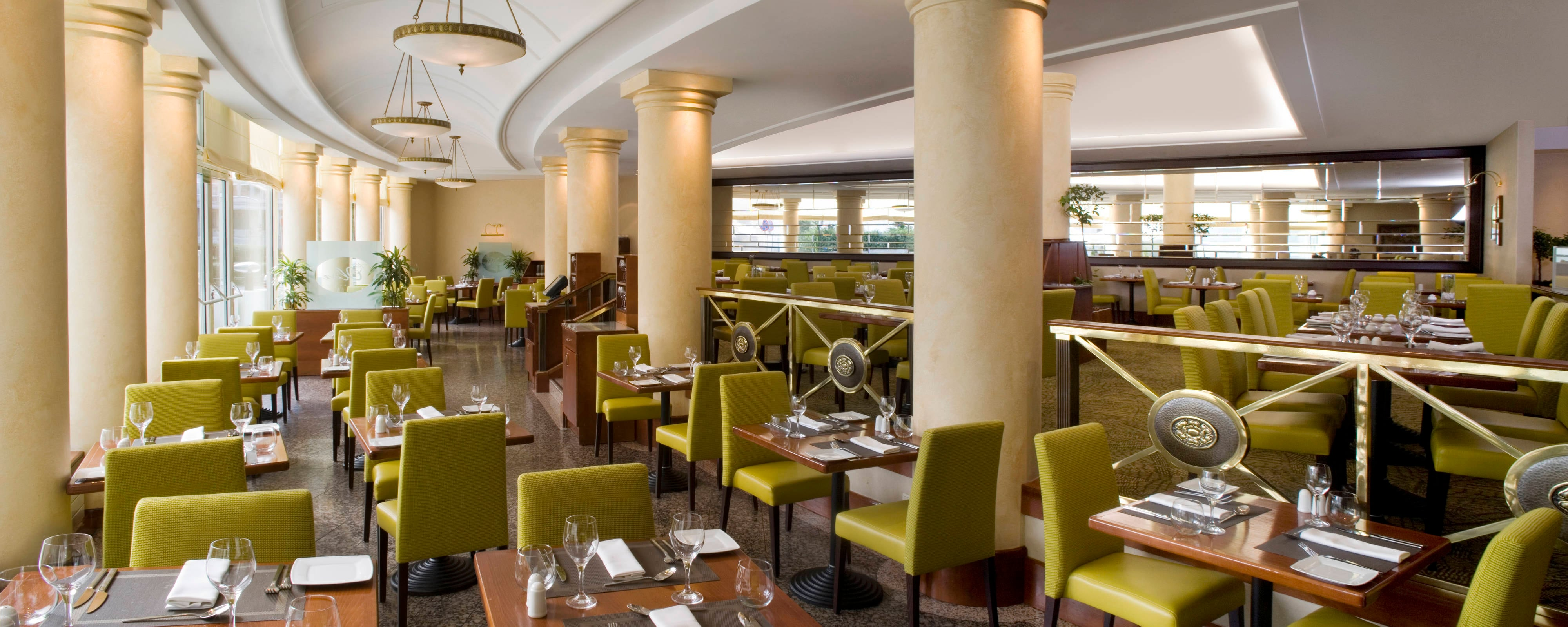 Warsaw hotel restaurants and lounges | Sheraton Warsaw Hotel