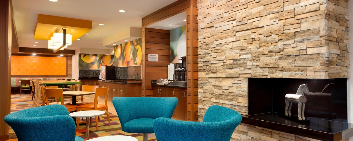 hotels in waco tx fairfield inn suites waco south. Black Bedroom Furniture Sets. Home Design Ideas