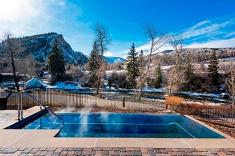 Infinity Hot Tub at The Westin Riverfront Beaver Creek