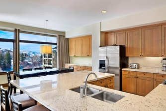 The Westin Riverfront Beaver Creek - Luxury Suite - Kitchen