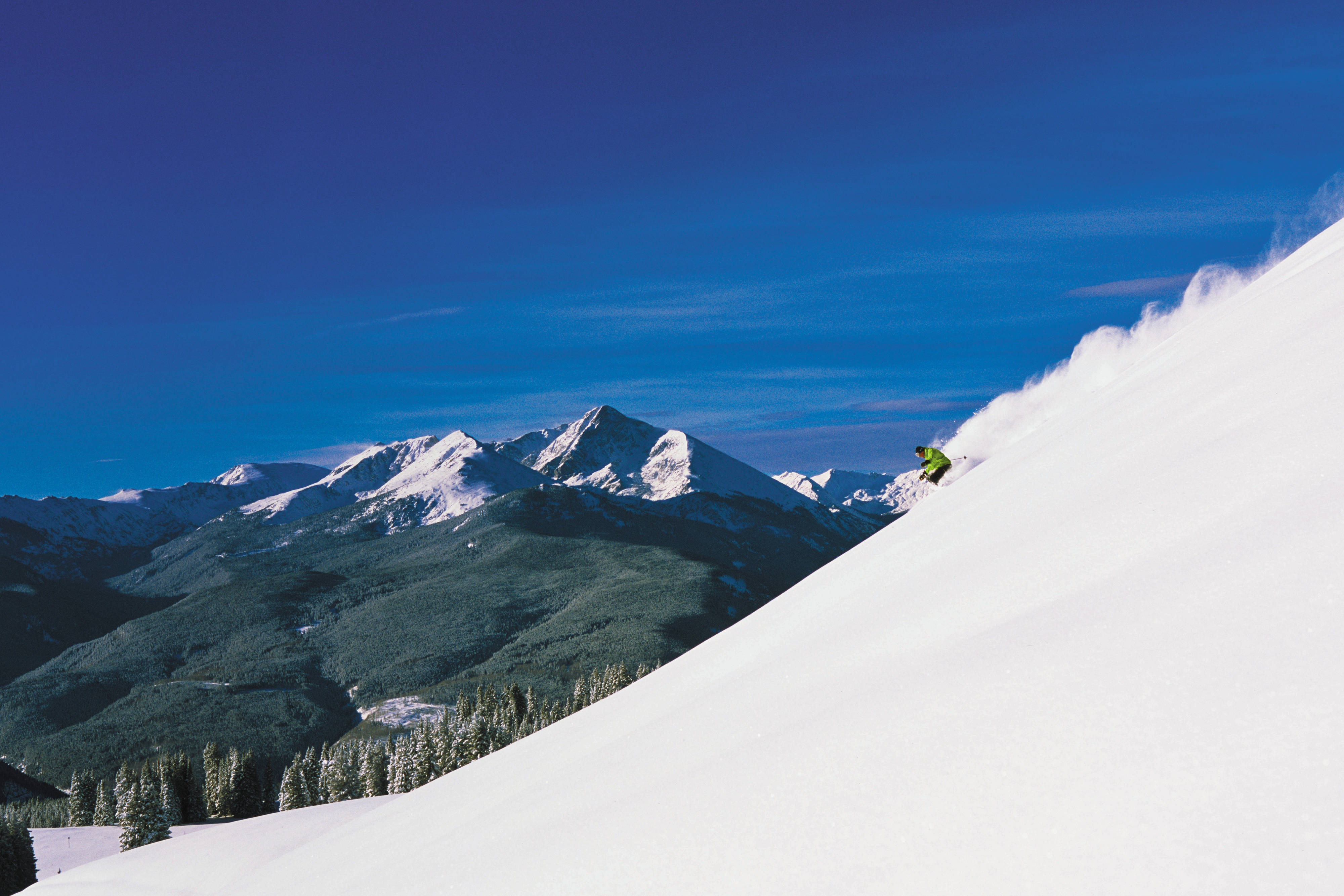 Skiing in Vail Backbowls