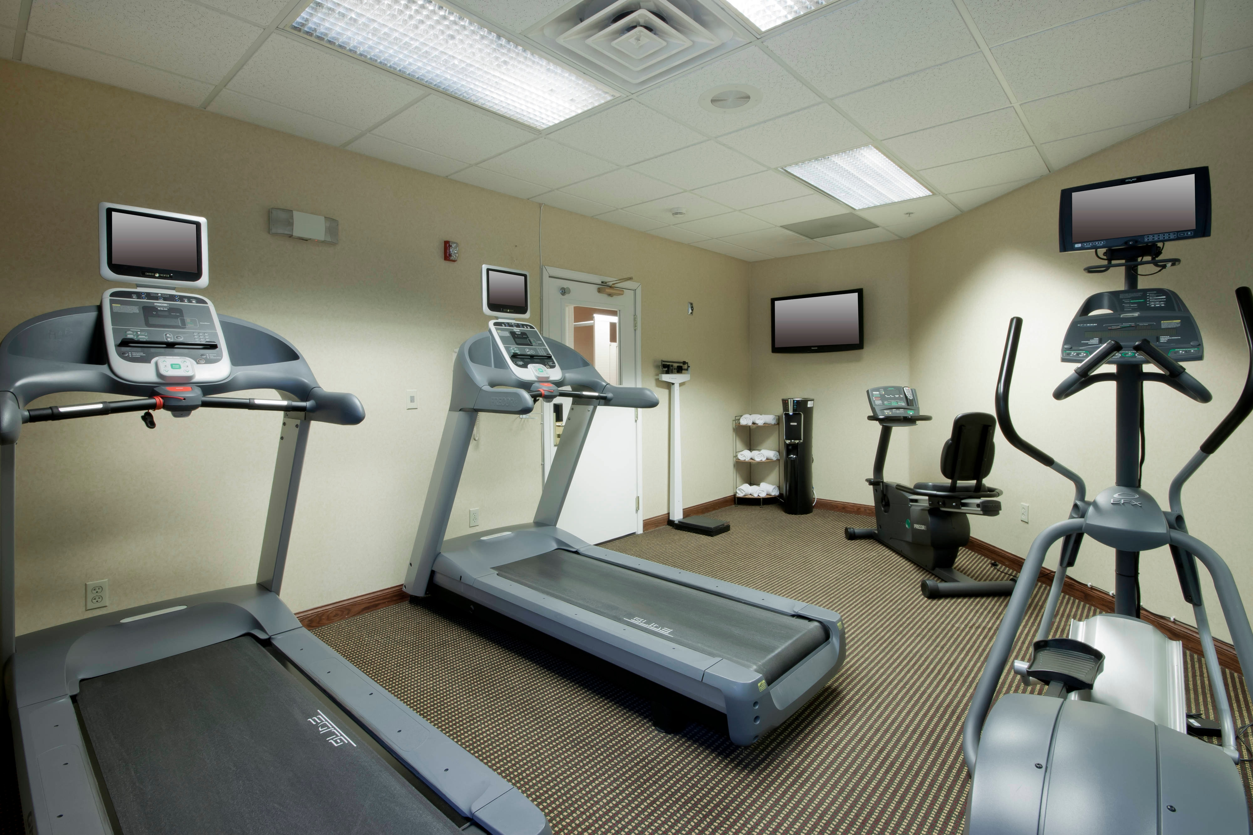 Palmdale California Hotel Fitness Center