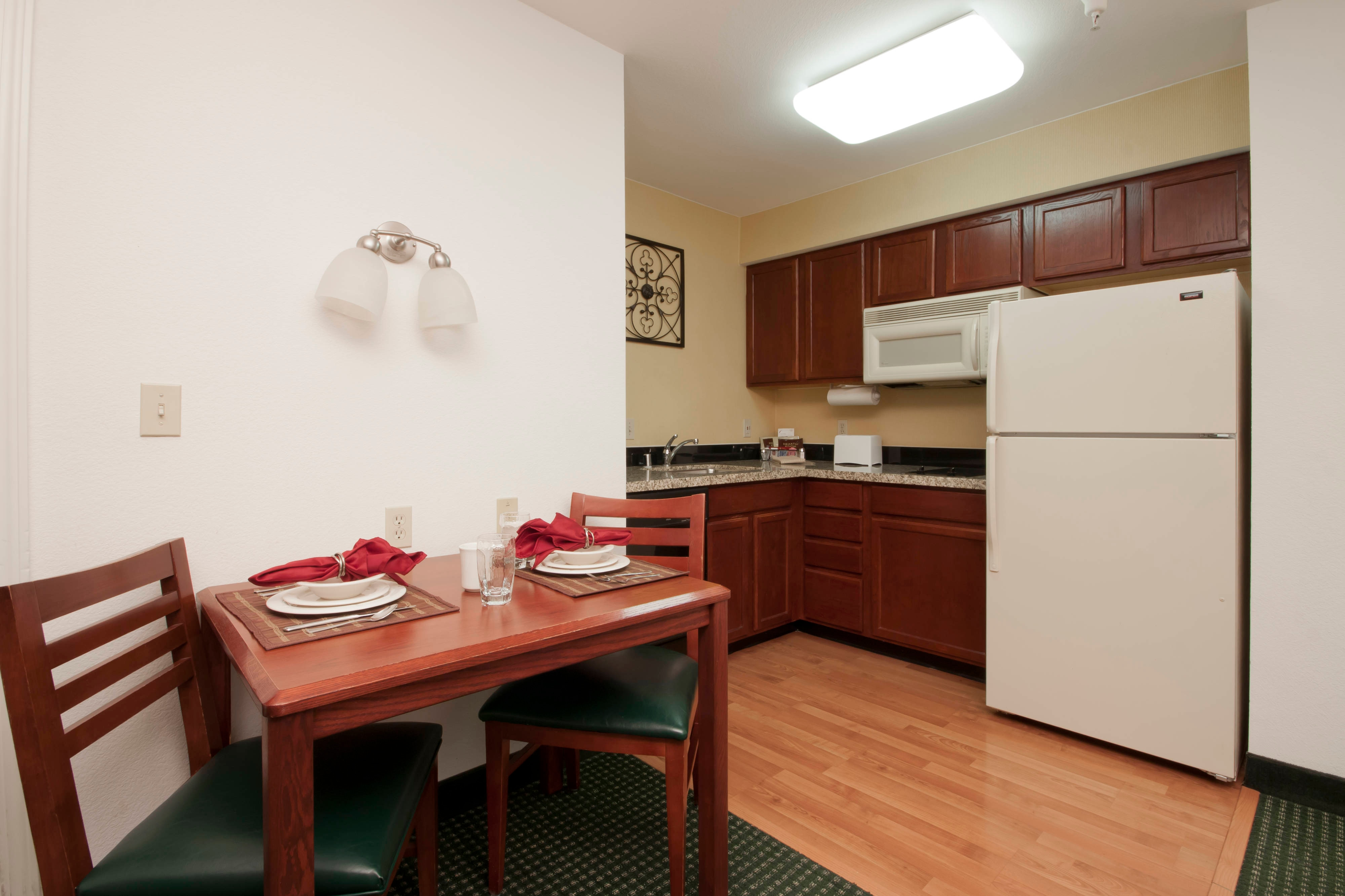 Palmdale California Hotel Suite Kitchen