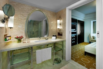 Club Executive Suite - Bathroom