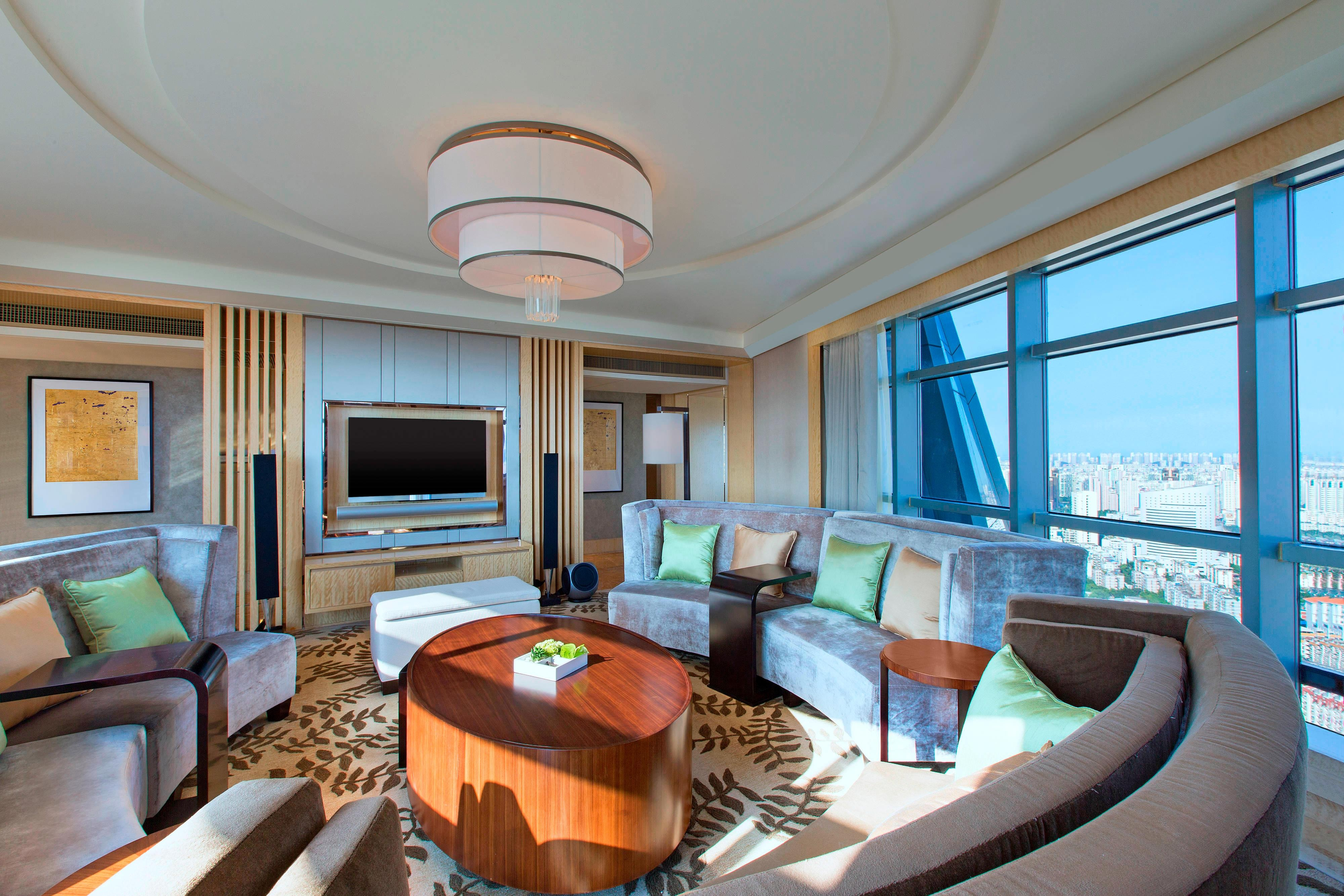 Suite Ambassador, salon