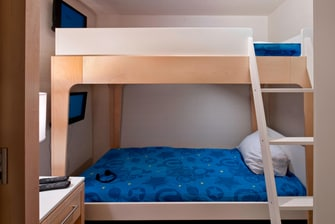 Kids Zone Guest Room – Bunk Beds