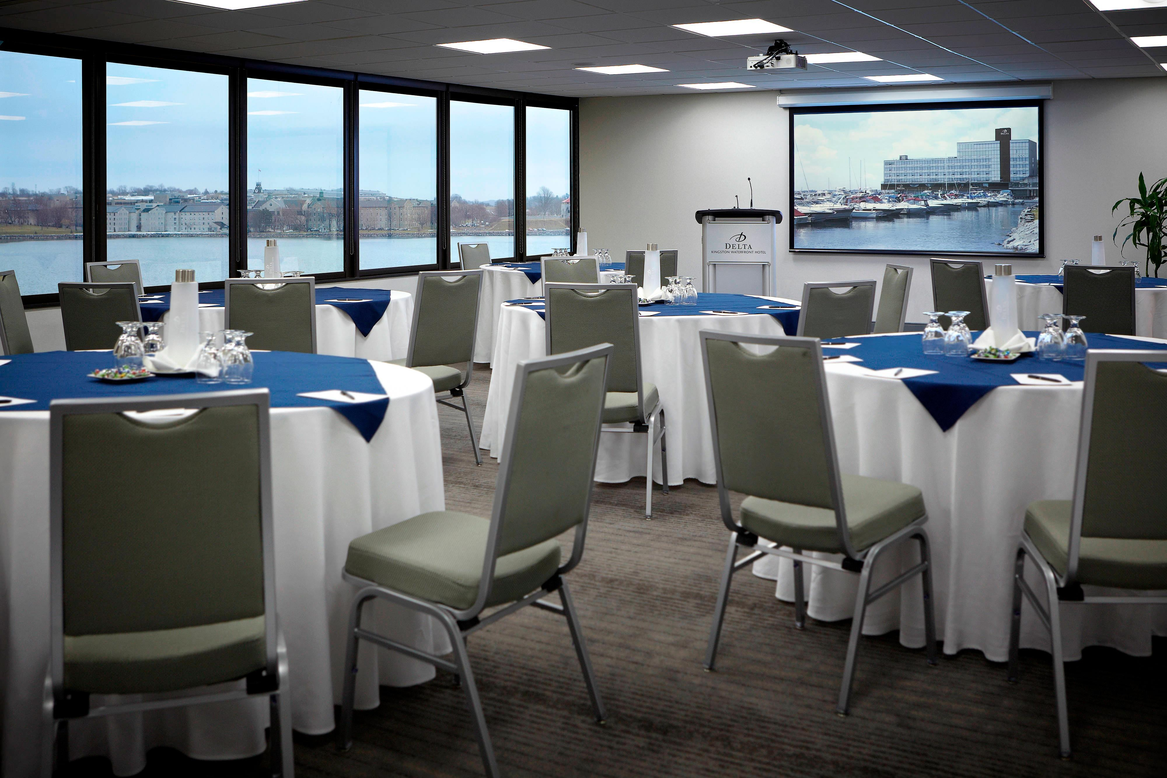 Harborview Meeting Room – Banquet Setup