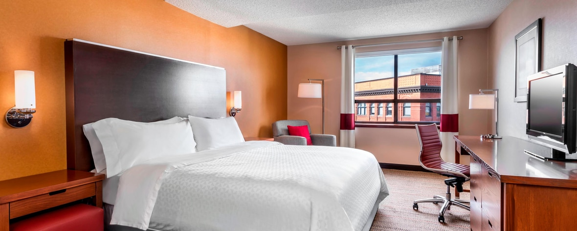 Downtown Hotels In Kingston Ontario Canada Four Points By Sheraton Kingston