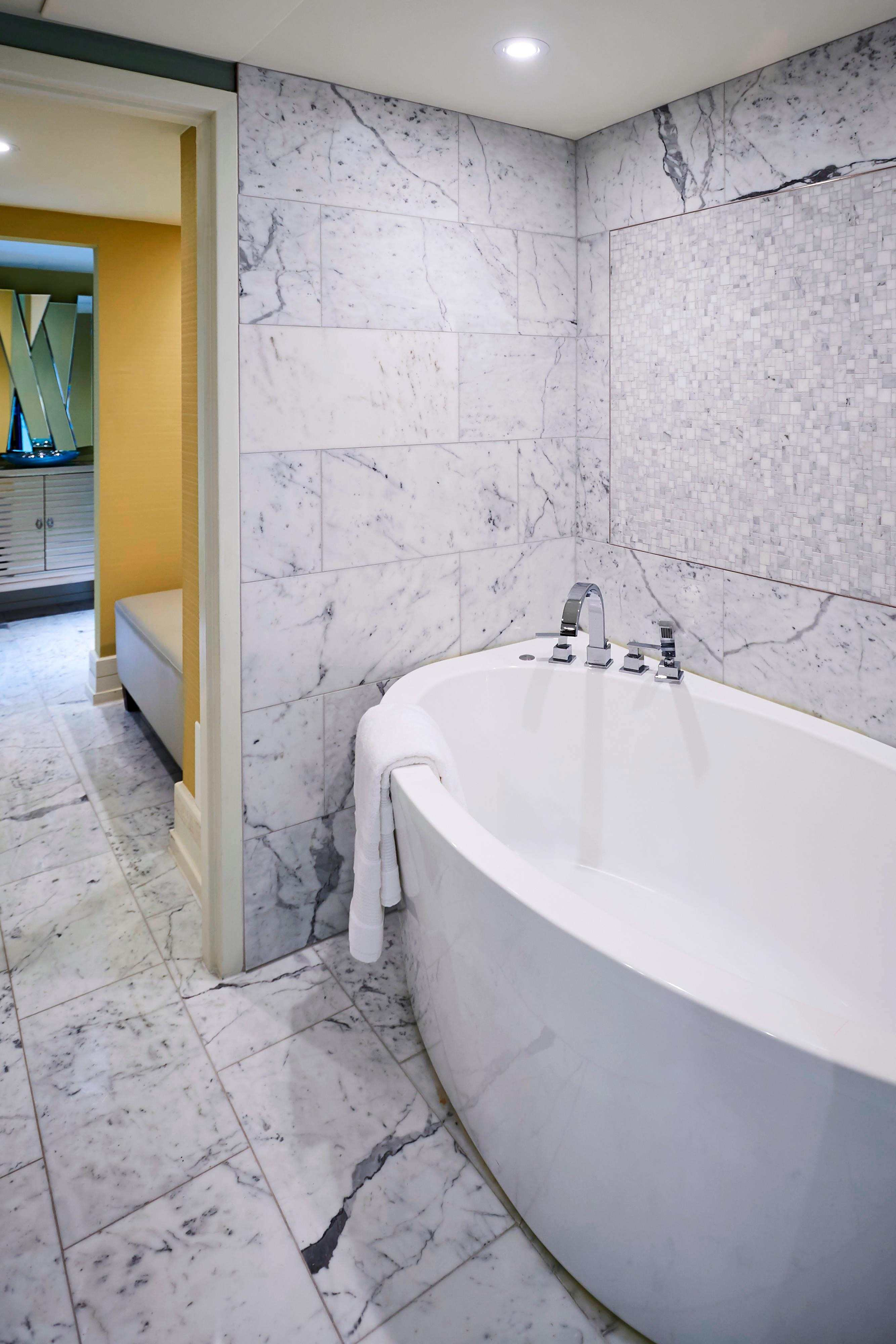 Prime Minister Suite - Bathroom