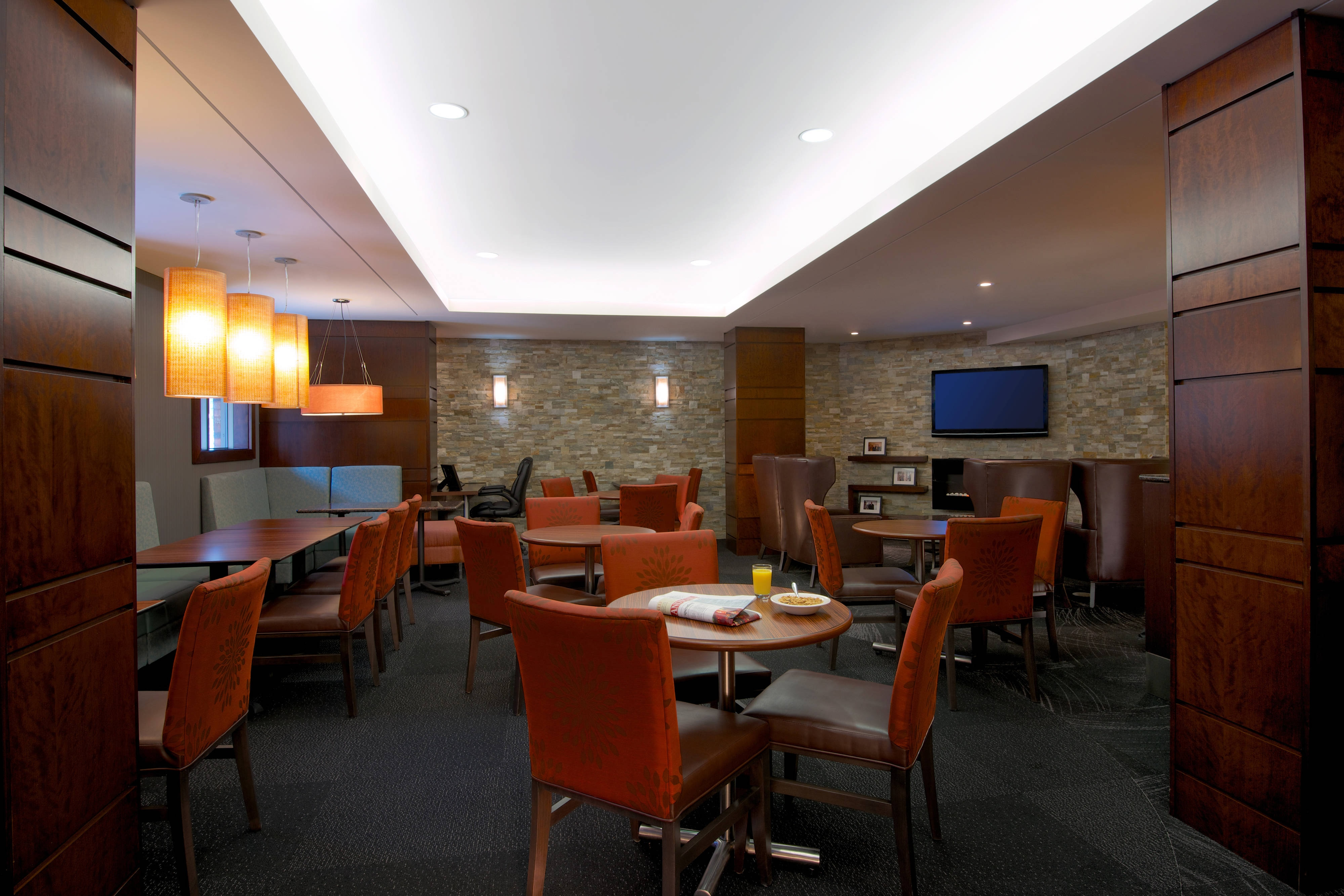 Downtown Halifax hotel dining space