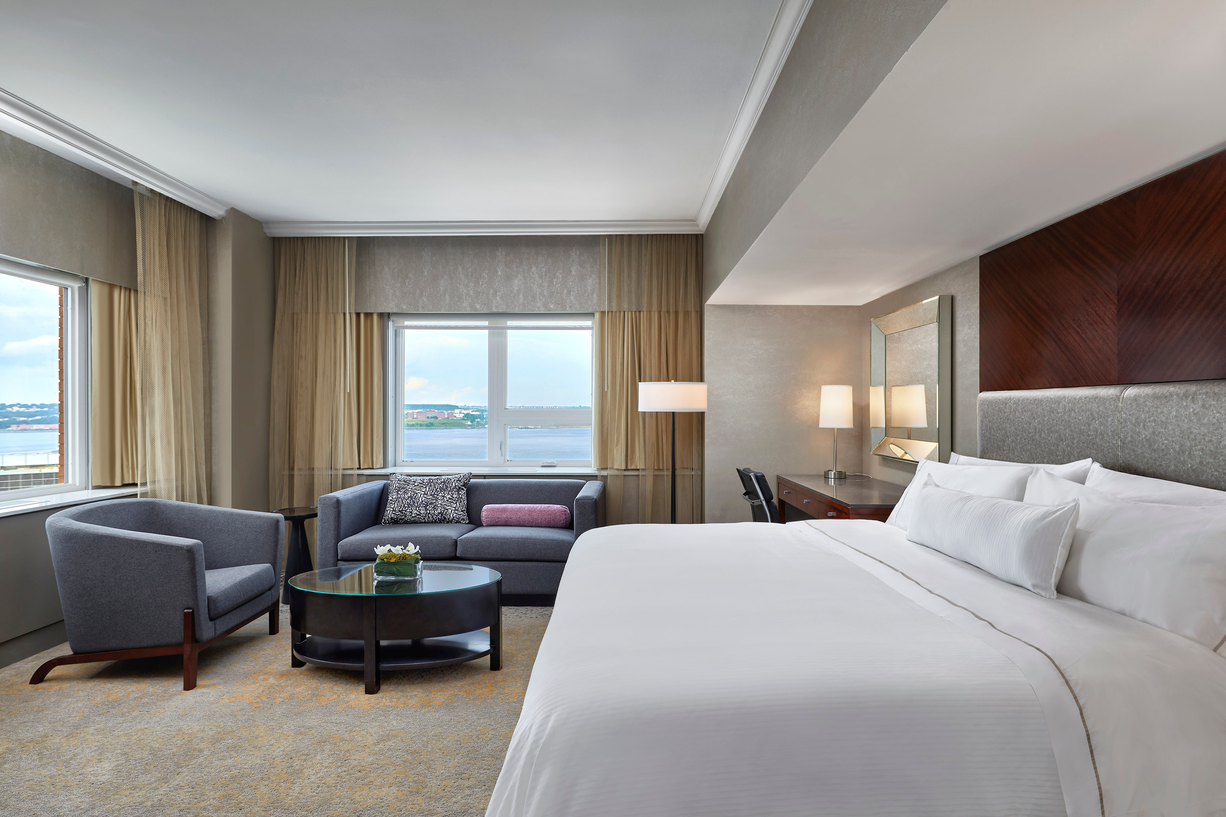 King Premium View Guest Room - Harbour View
