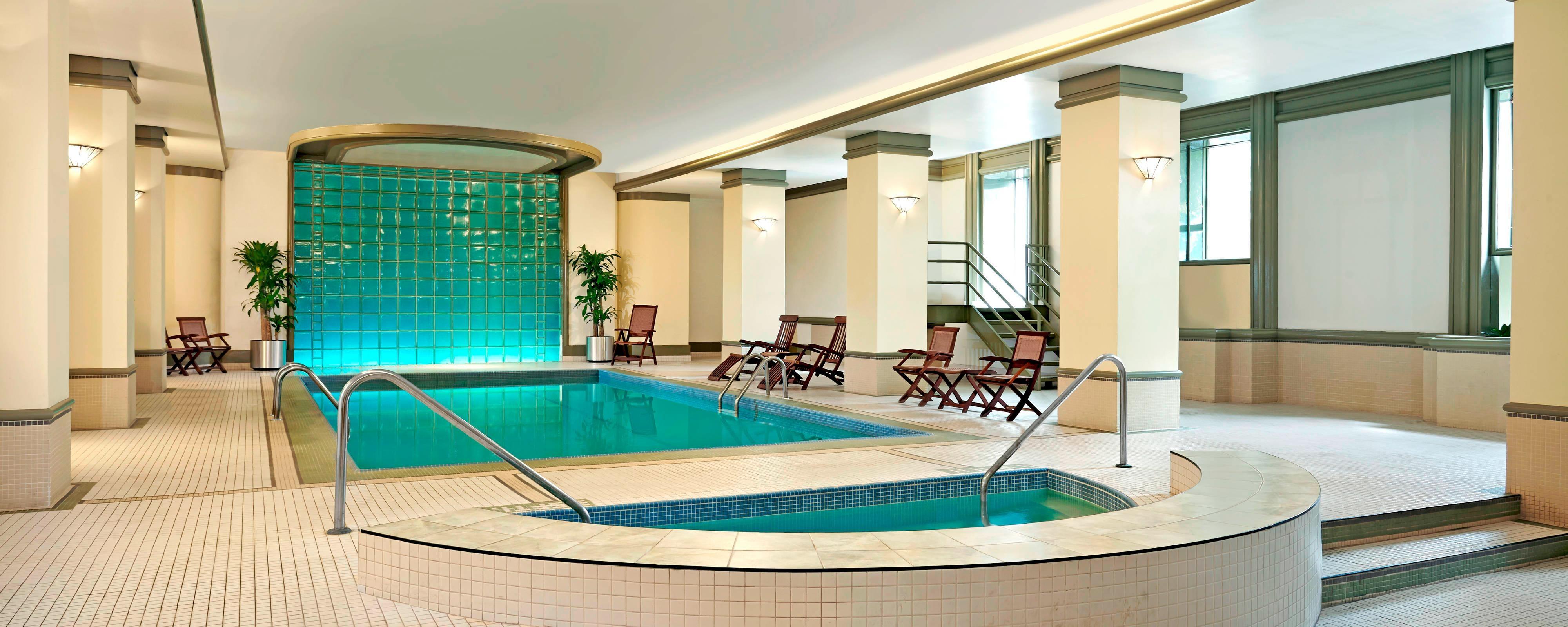 Retome fuerzas en nuestra piscina de agua salada