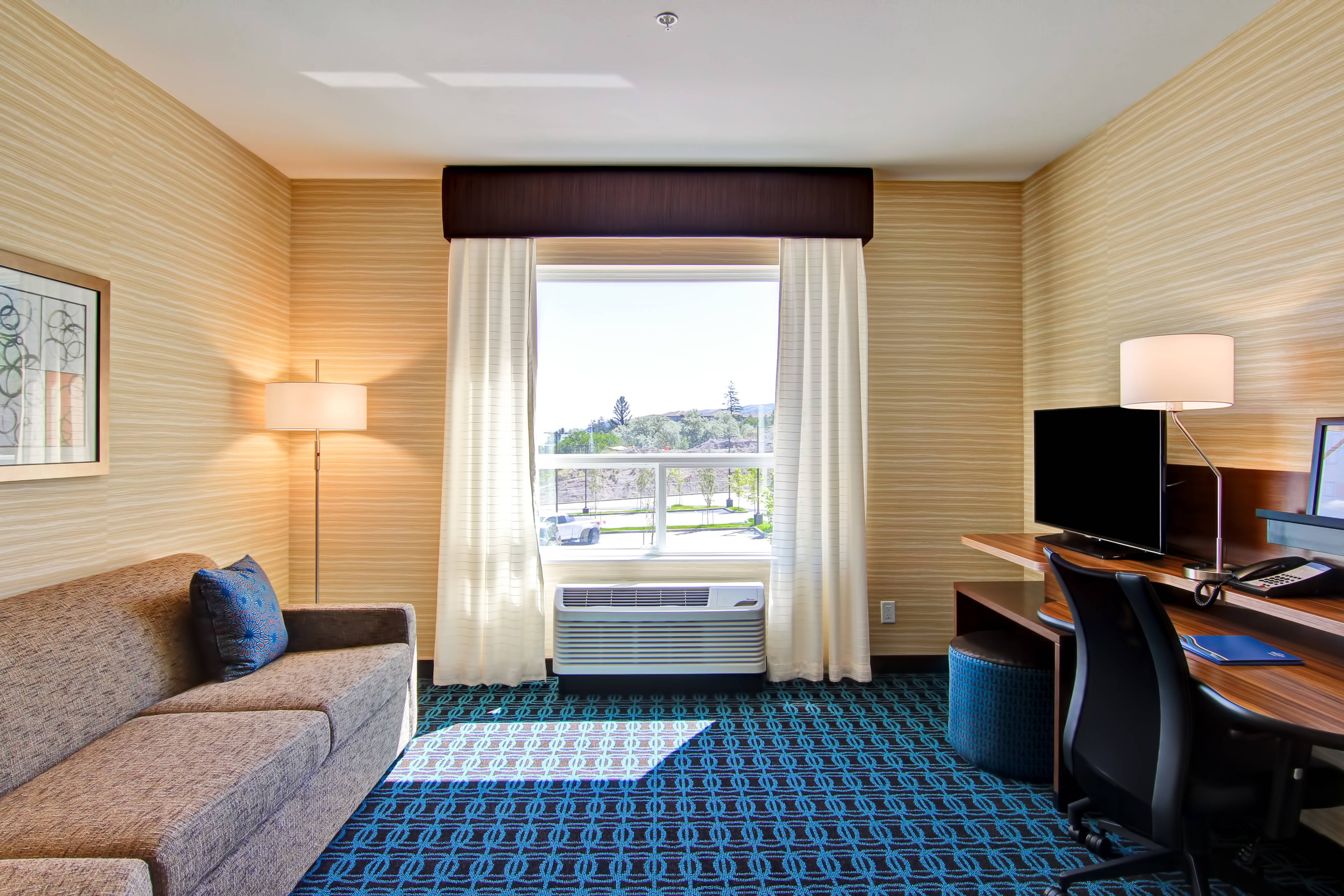 Fairfield Kamloops Hotel Suite