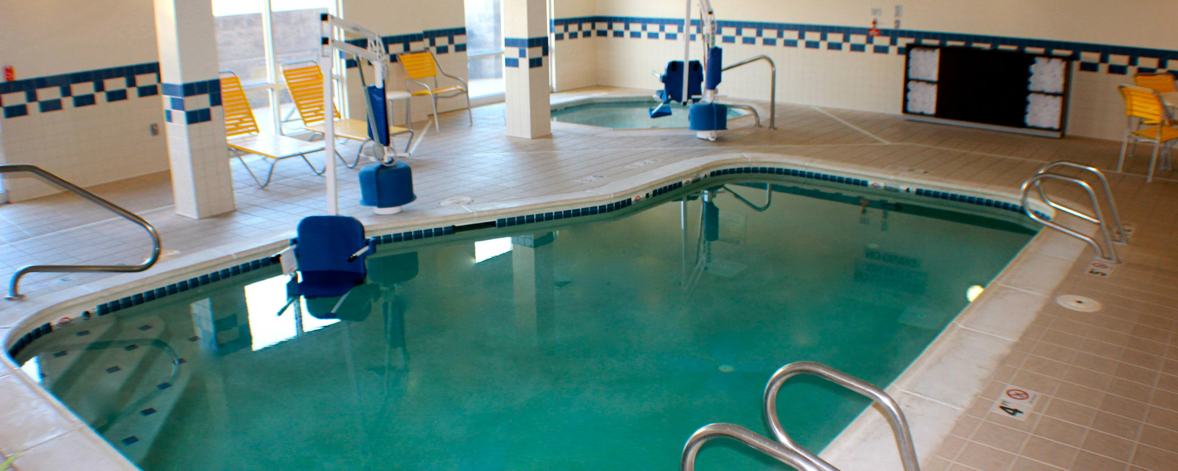Piscina del Fairfield Inn and Suites