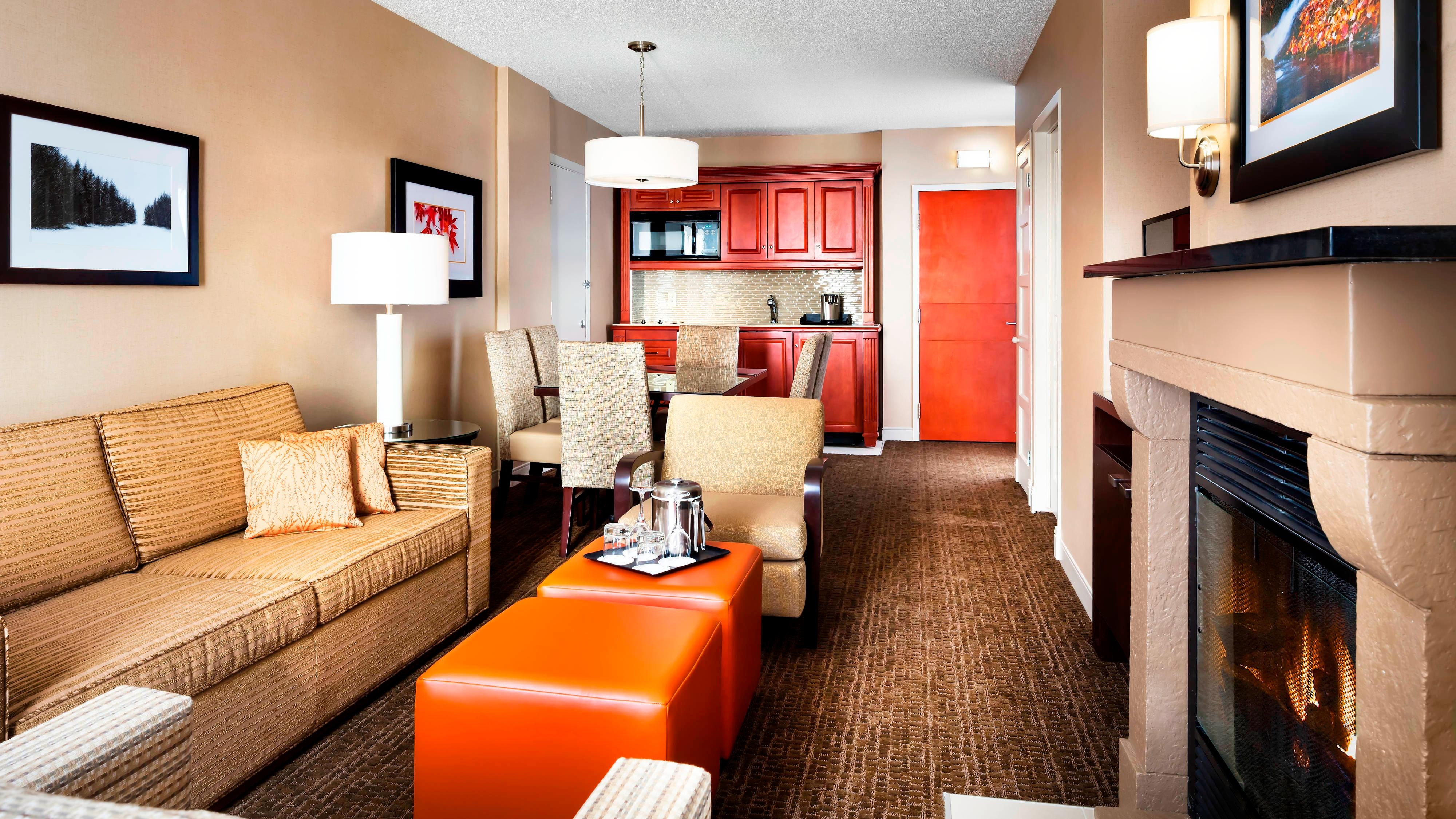 Living Areas - One-Bedroom Suite