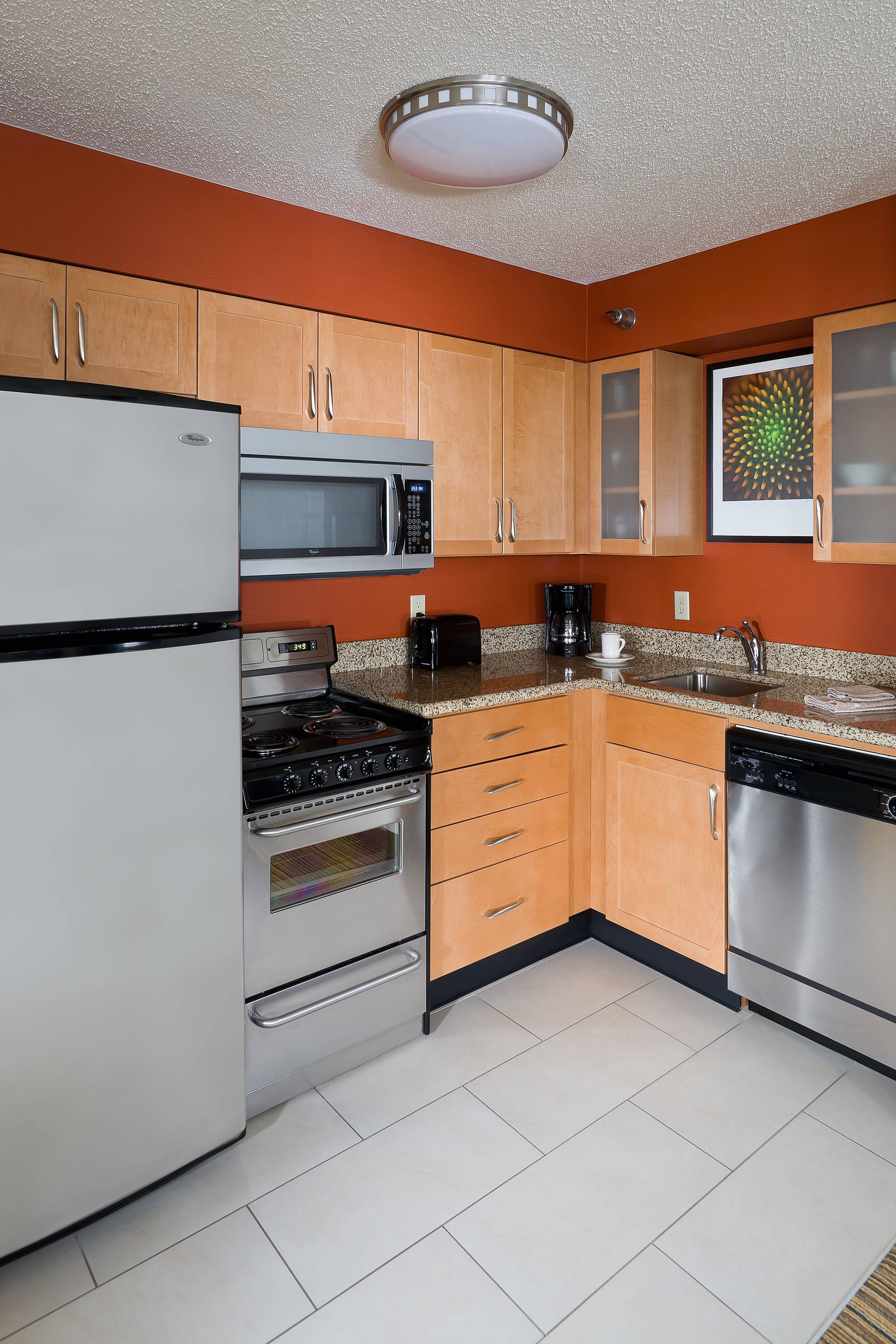 hotels with kitchens youngstown ohio