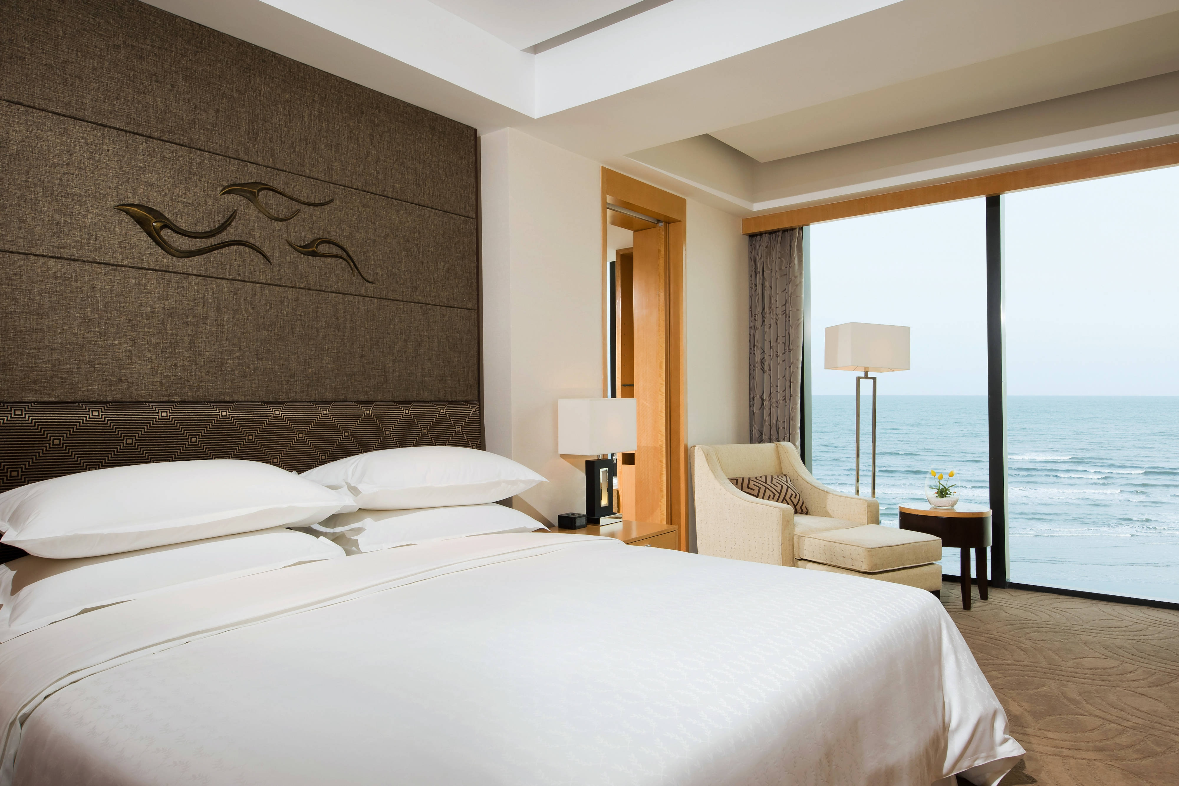 Sea View Deluxe King Room