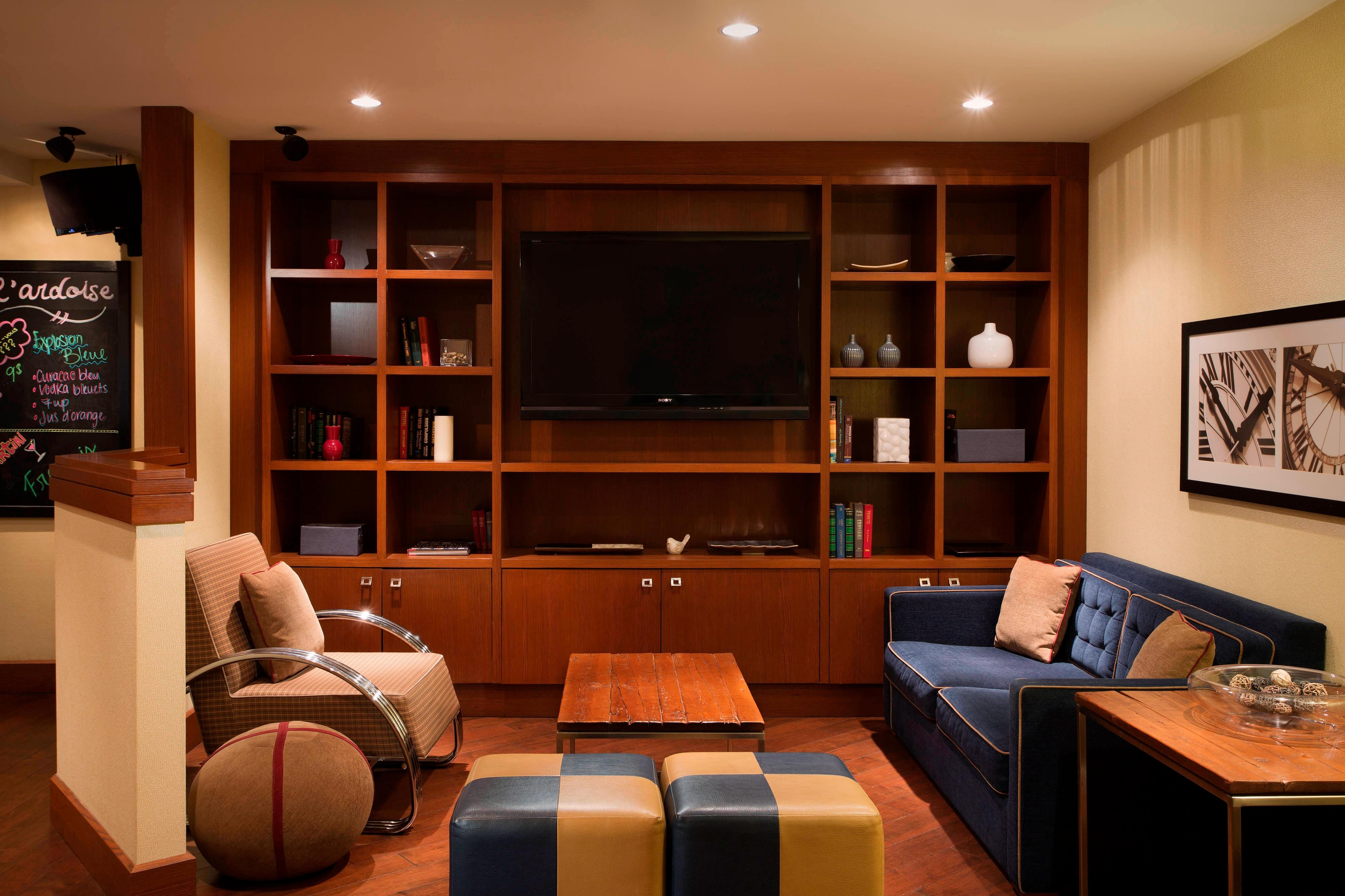 Library Area in Lounge