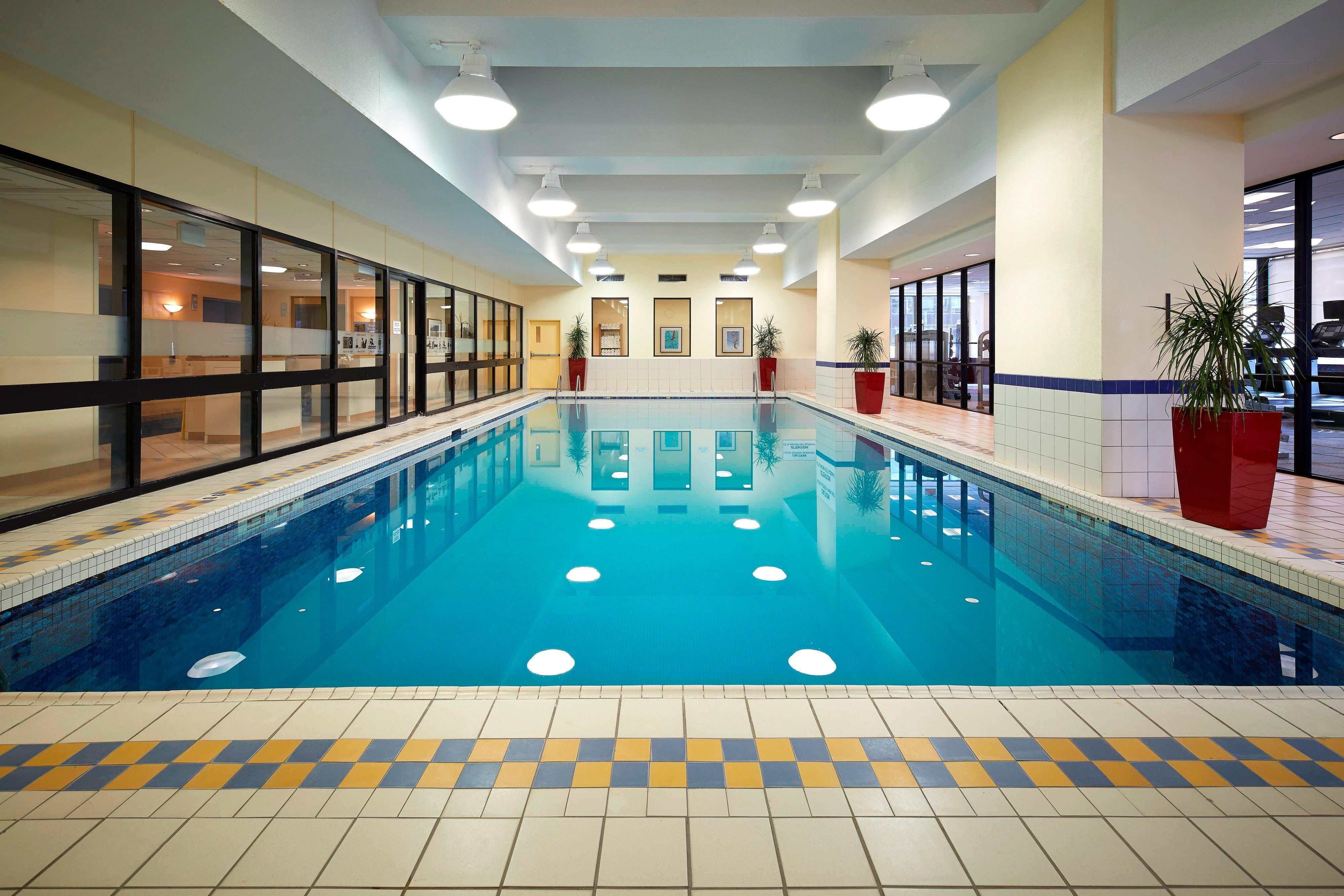 Ottawa hotel with indoor pool