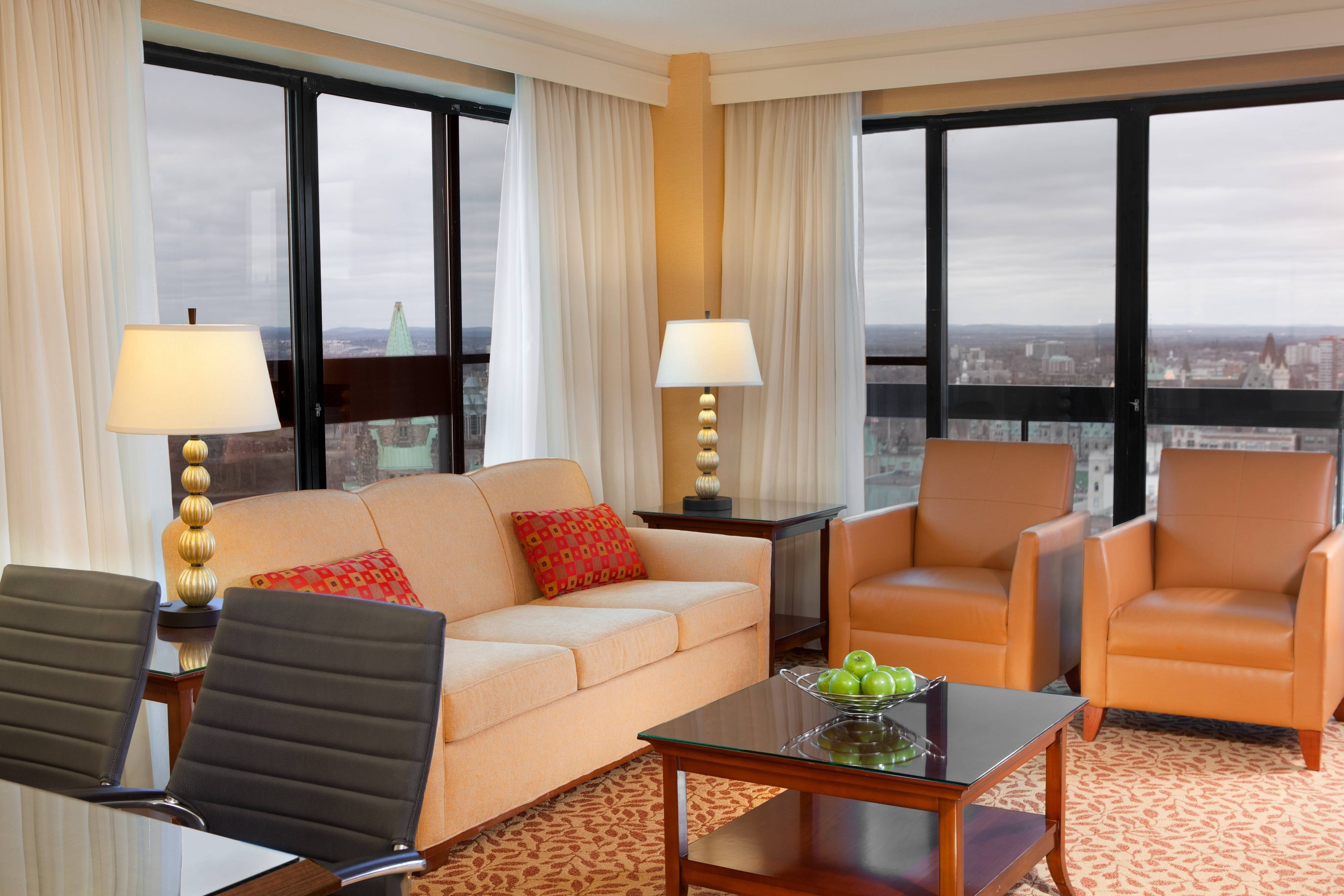 Ottawa business hotel suite