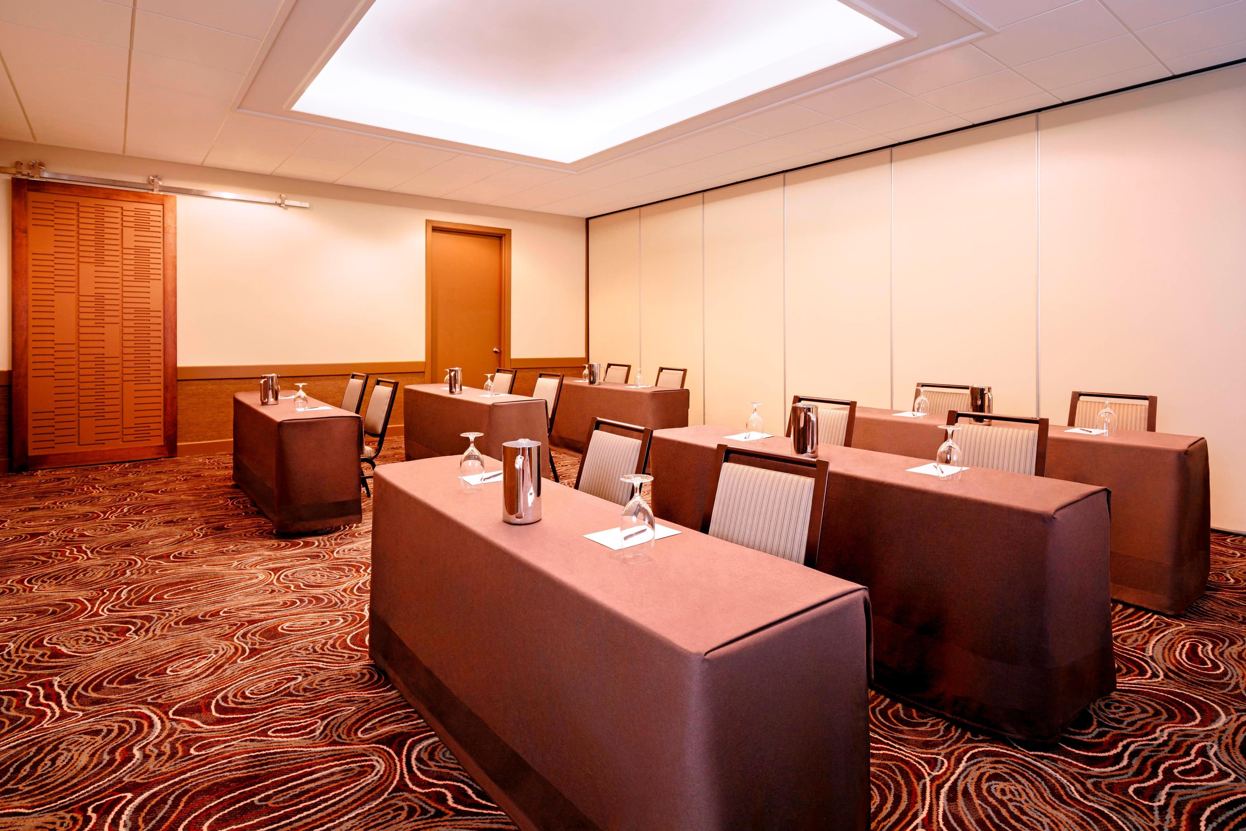 Newfoundland Meeting Room