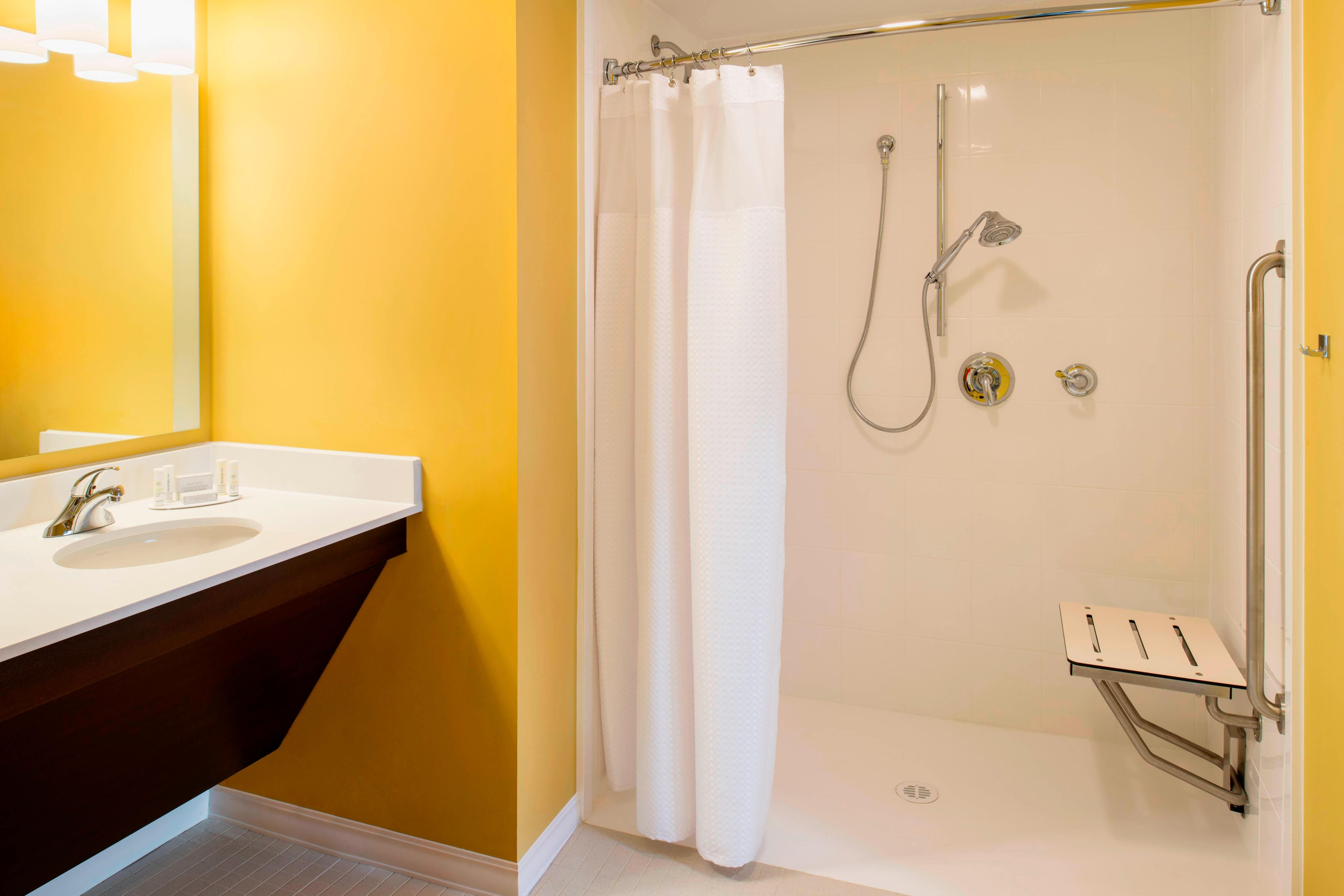 Accessible One-Bedroom Suite –Bathroom with Roll-in Shower