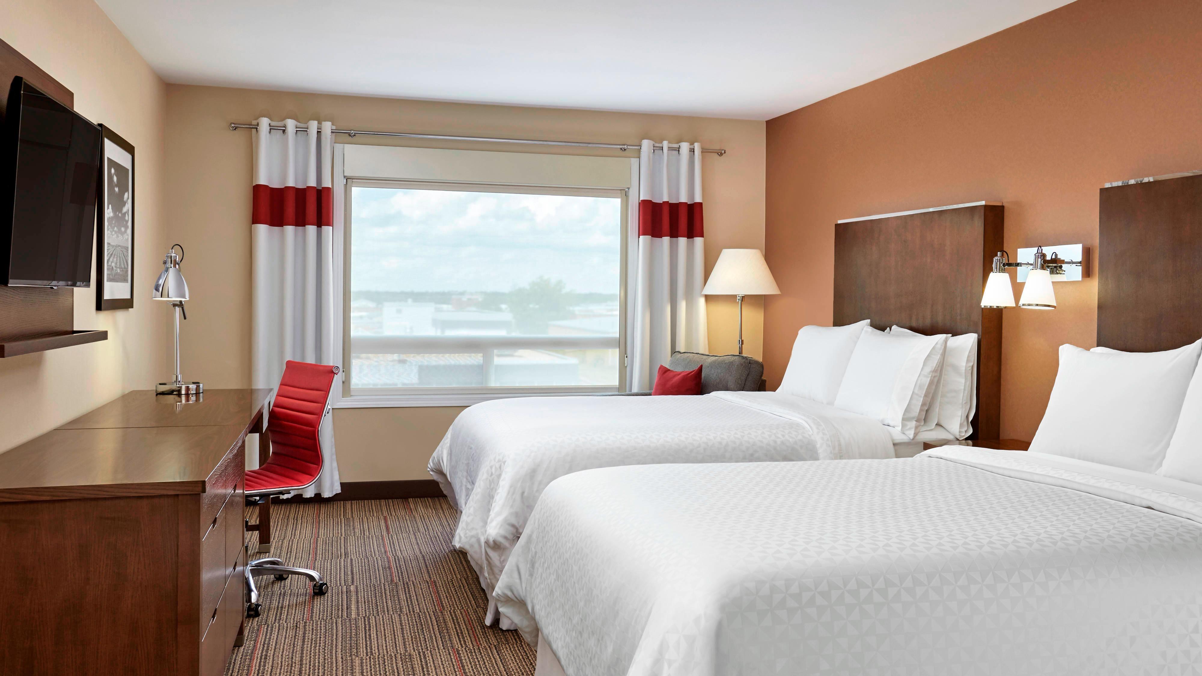 Queen/Queen Guest Room beds
