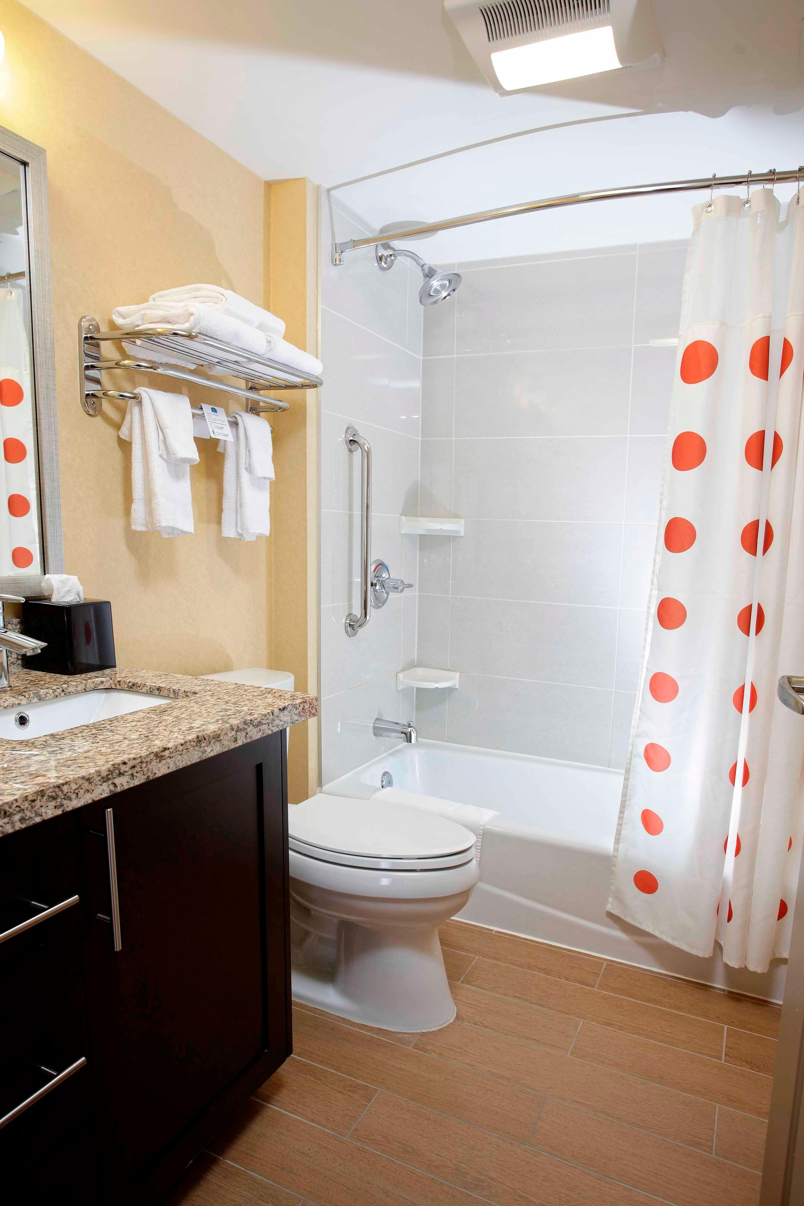 TownePlace Suites Bathroom
