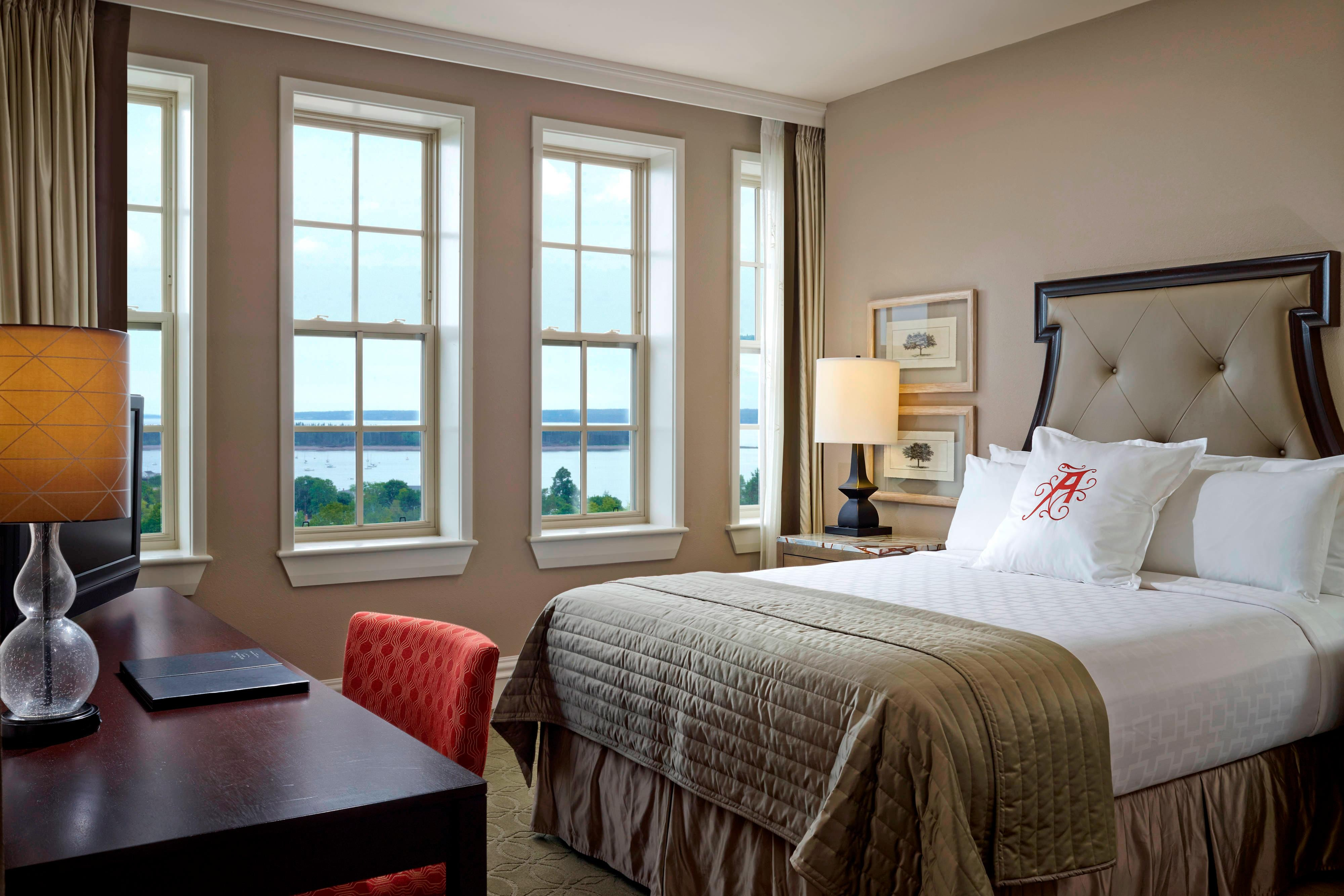 Bay View Queen Guest Room