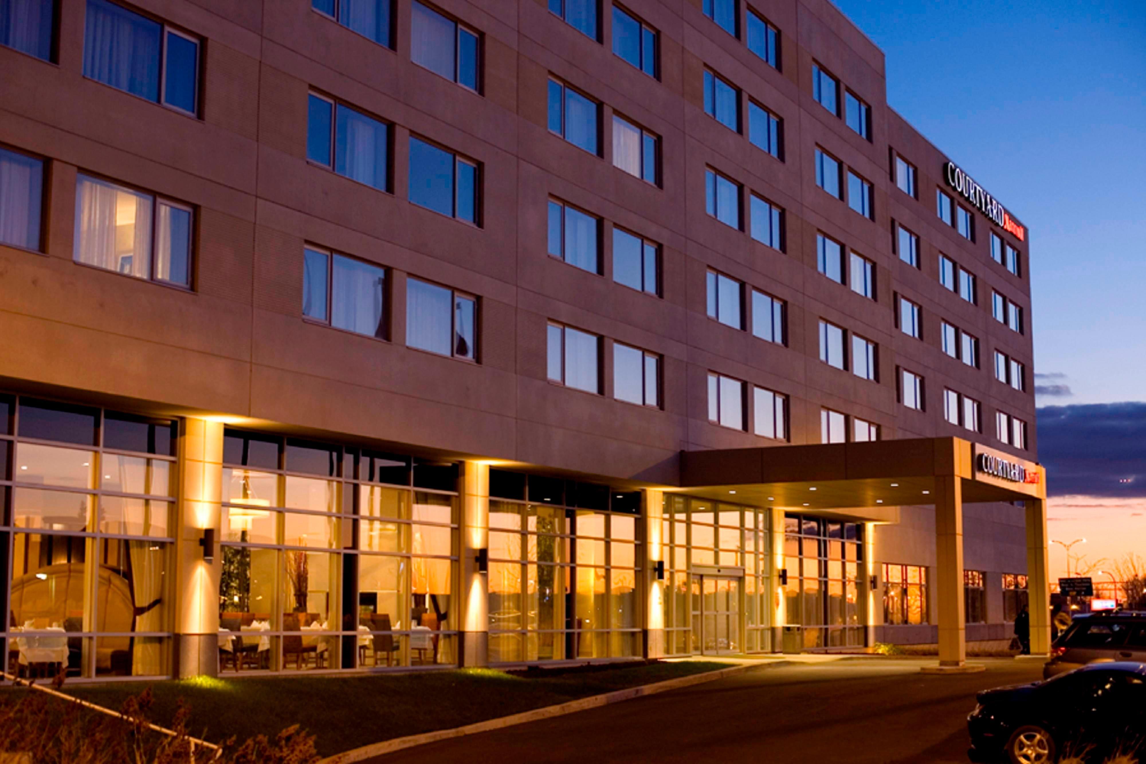 ドーバルのホテルの入口