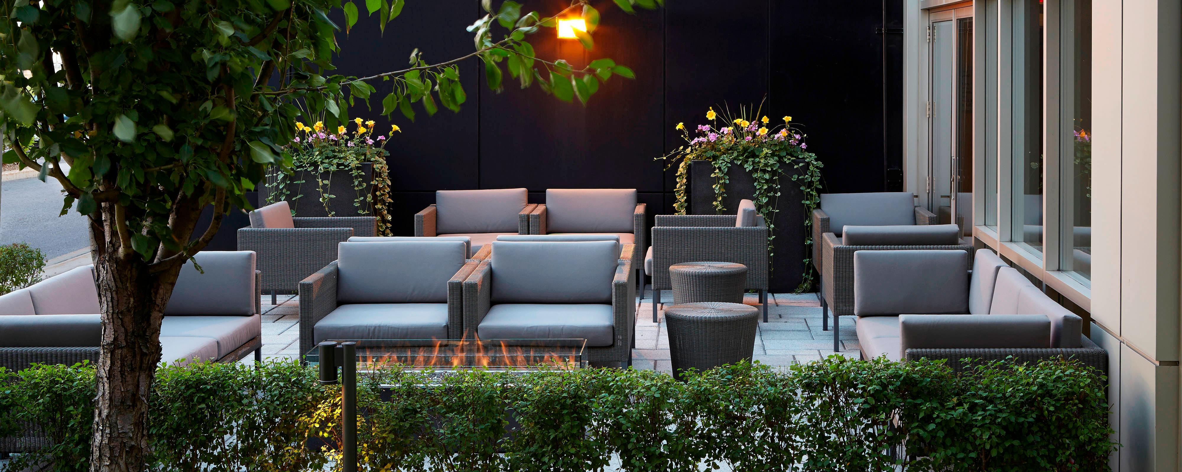 Montreal Airport hotel outdoor terrace