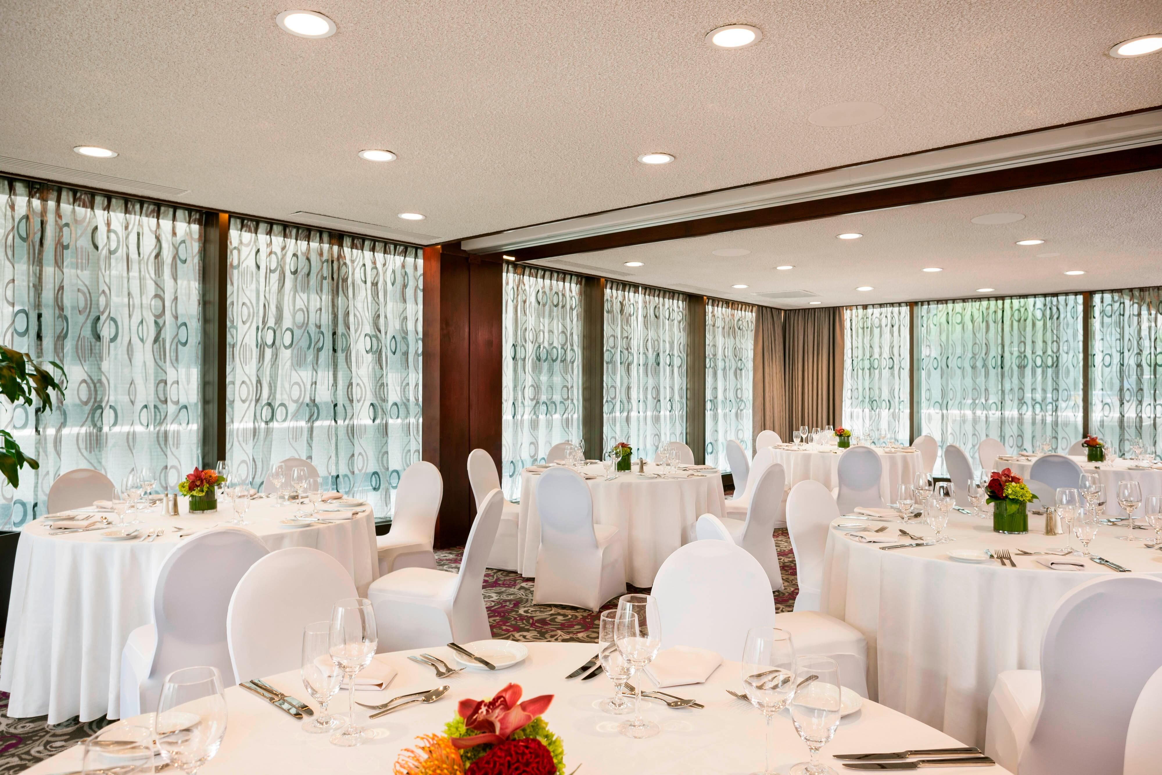 Huronie Meeting Room – Banquet Setup