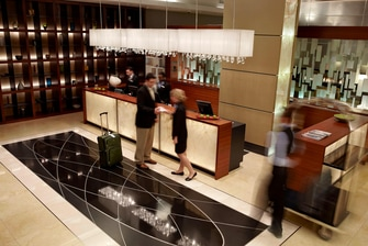 Réception de l'hôtel de l'aéroport de Montréal