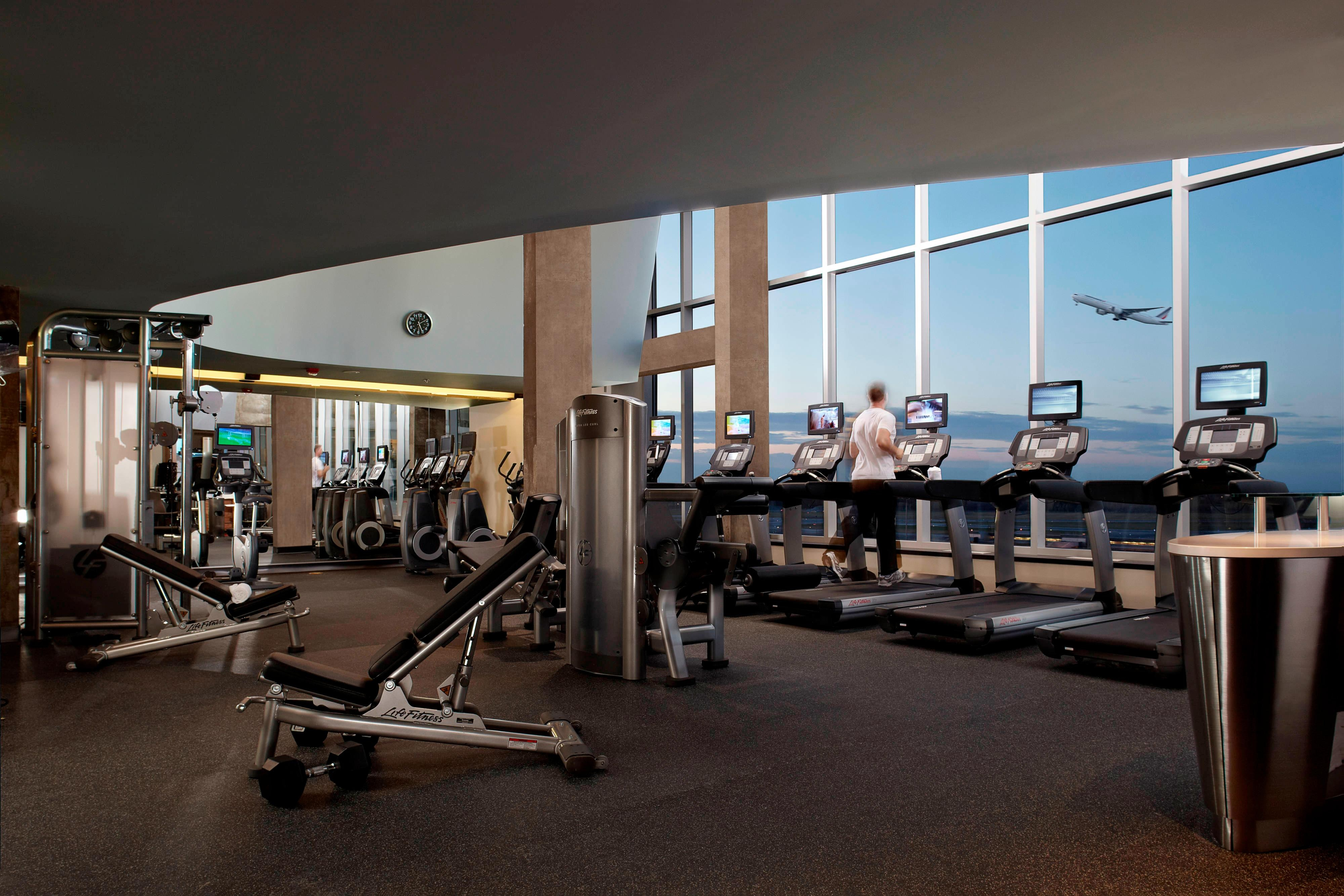 Montreal airport hotel gym