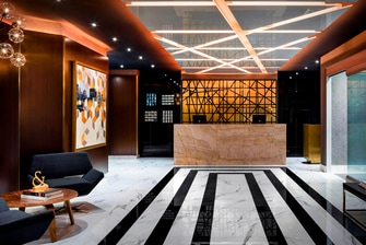 Lobby / Guest Services