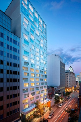 Downtown Montreal Hotel