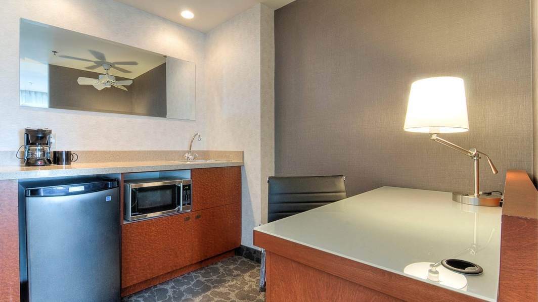 Old Montreal suites with kitchenette