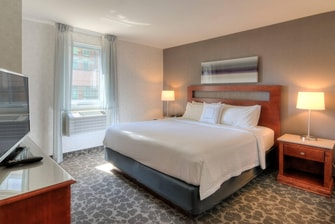 Hotel suites in Old Montreal