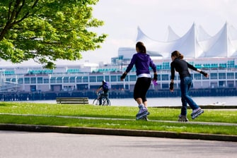 Vancouver Seawall hotels