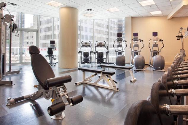 Vancouver business hotel fitness center