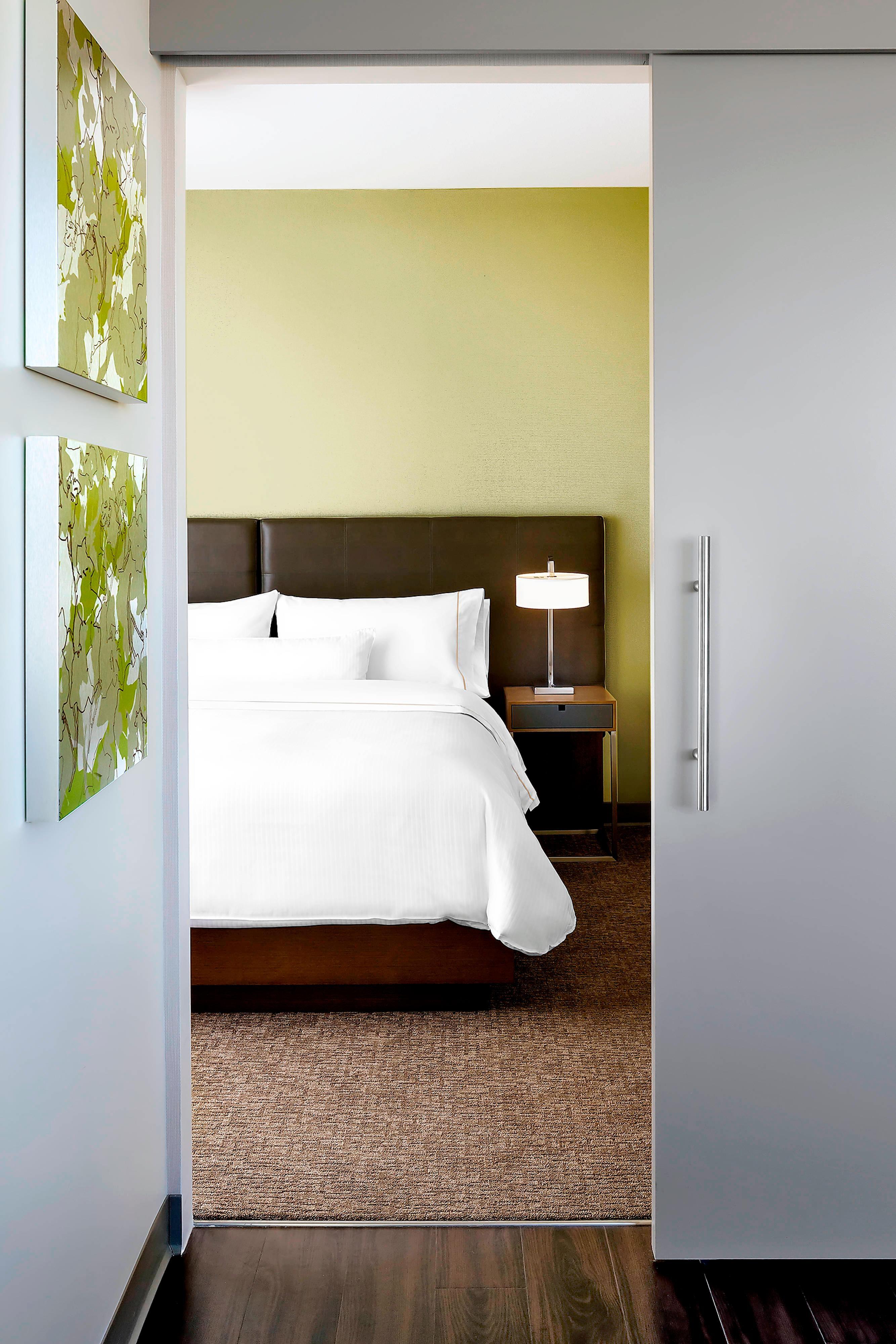 Люкс Element с двуспальной кроватью (King)