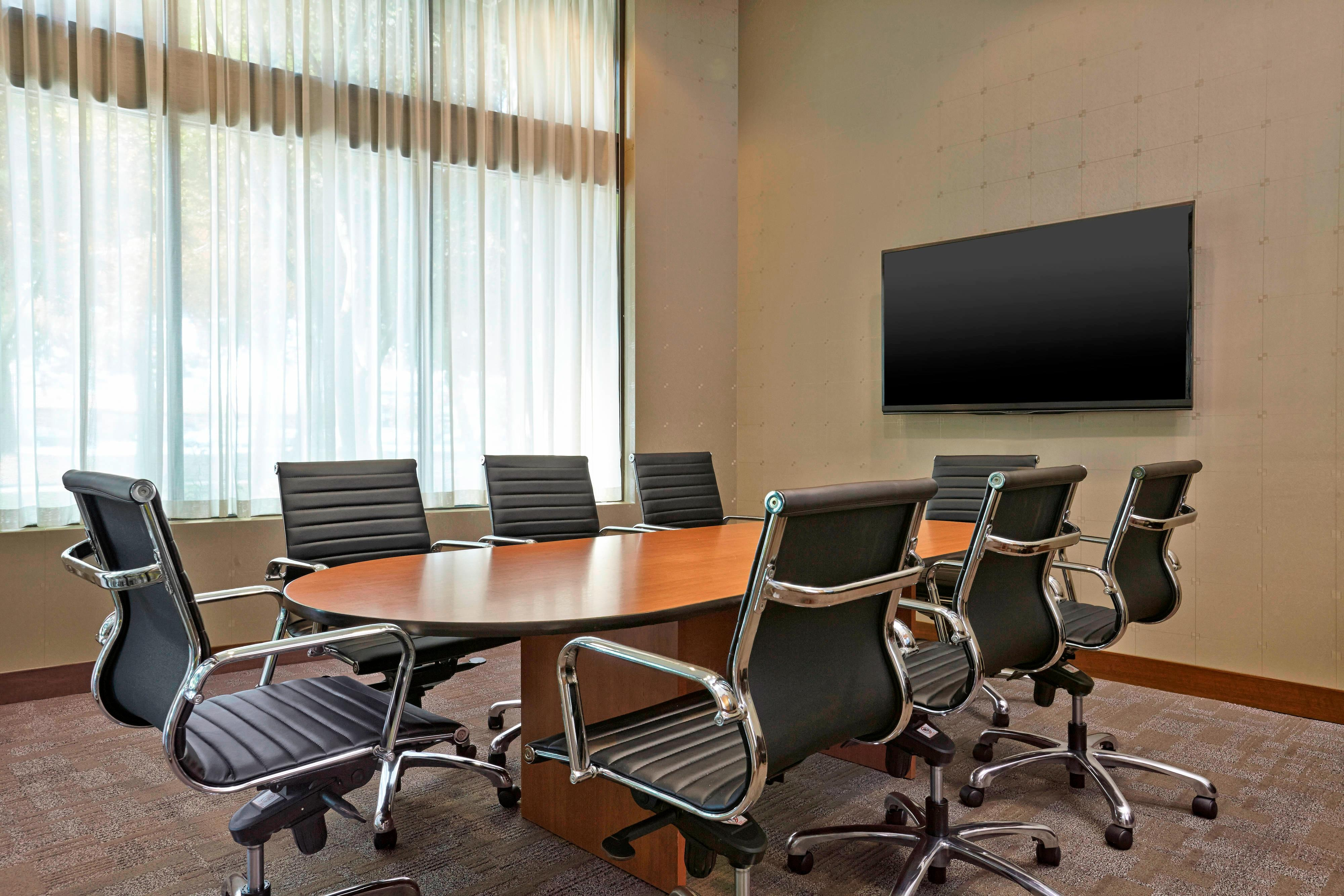 Boardroom for 8 Persons