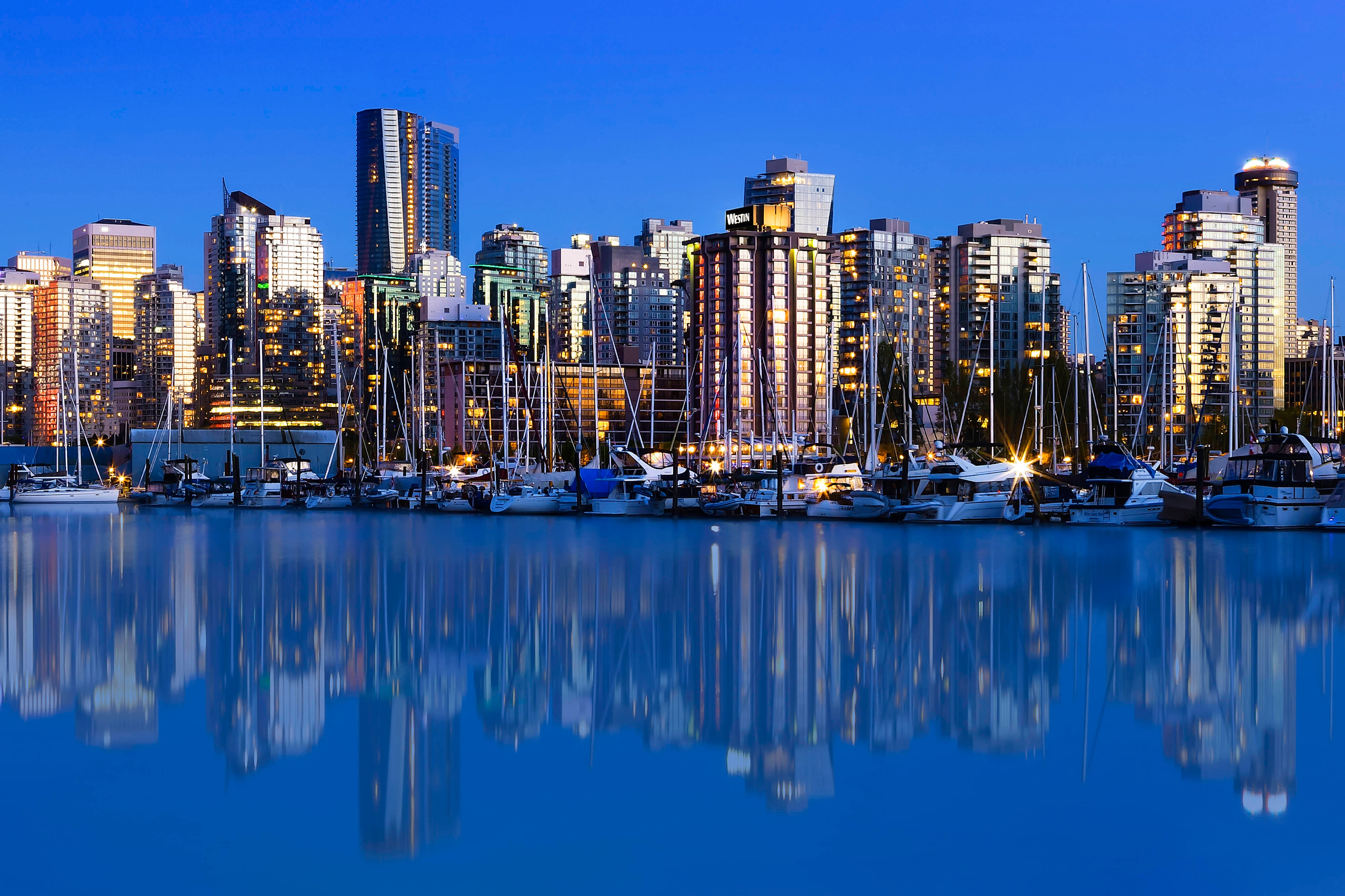 VancouverSkyline and Exterior