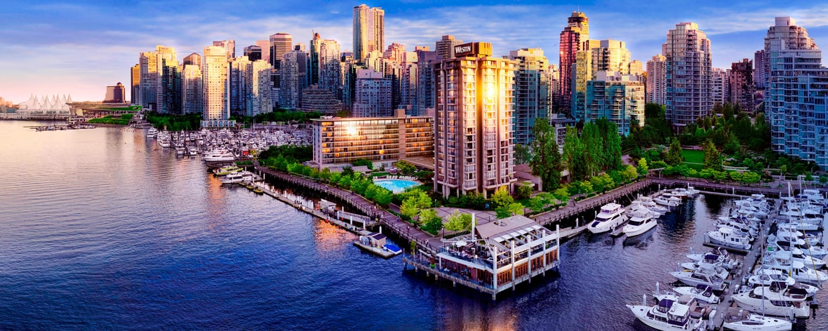 Vista externa do The Westin Bayshore Vancouver